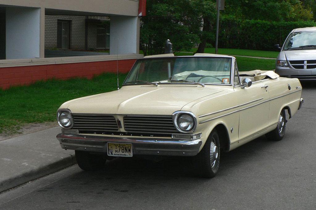 Auto For Sale Canada: Acadian (constructeur Automobile)