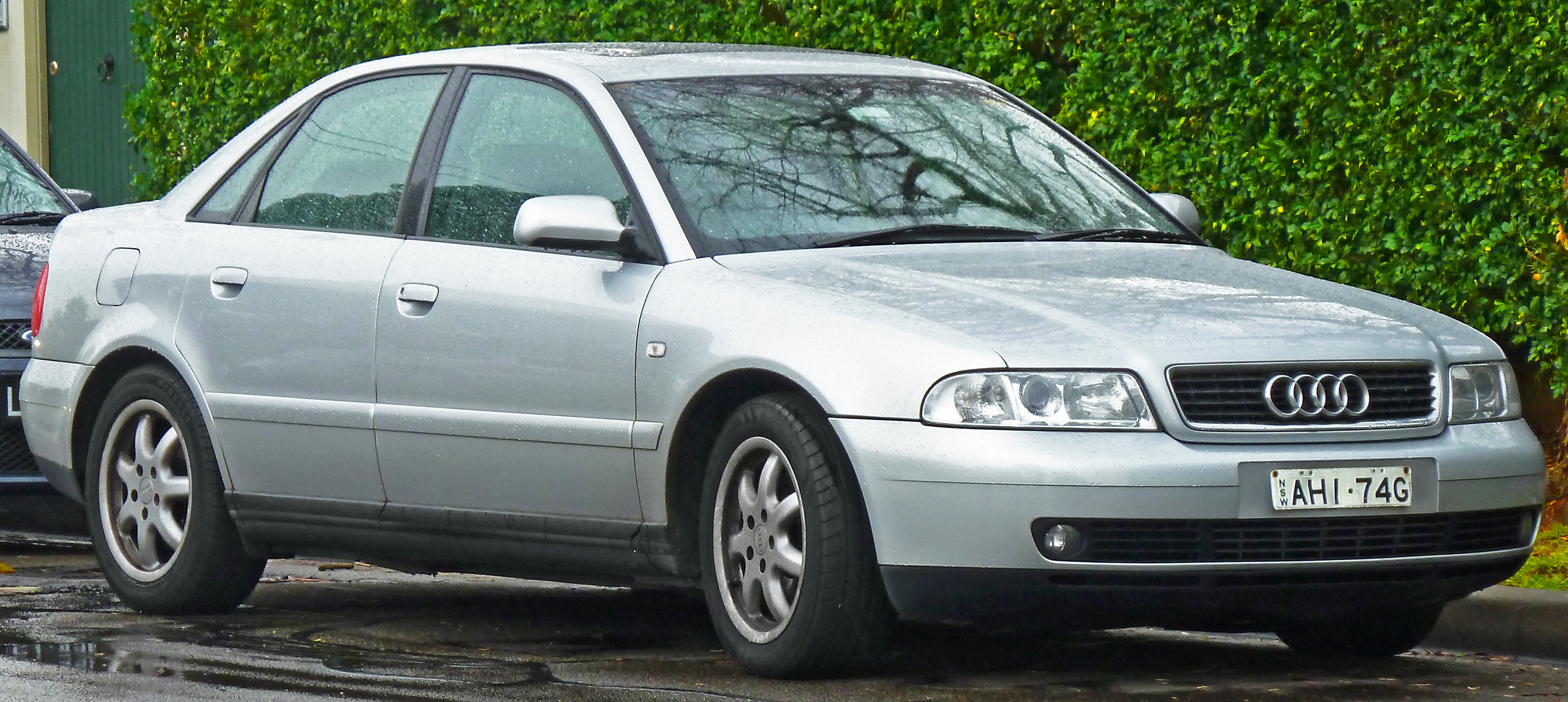Description 1999 2001 Audi A4 8D 18 T Quattro Sedan 2011