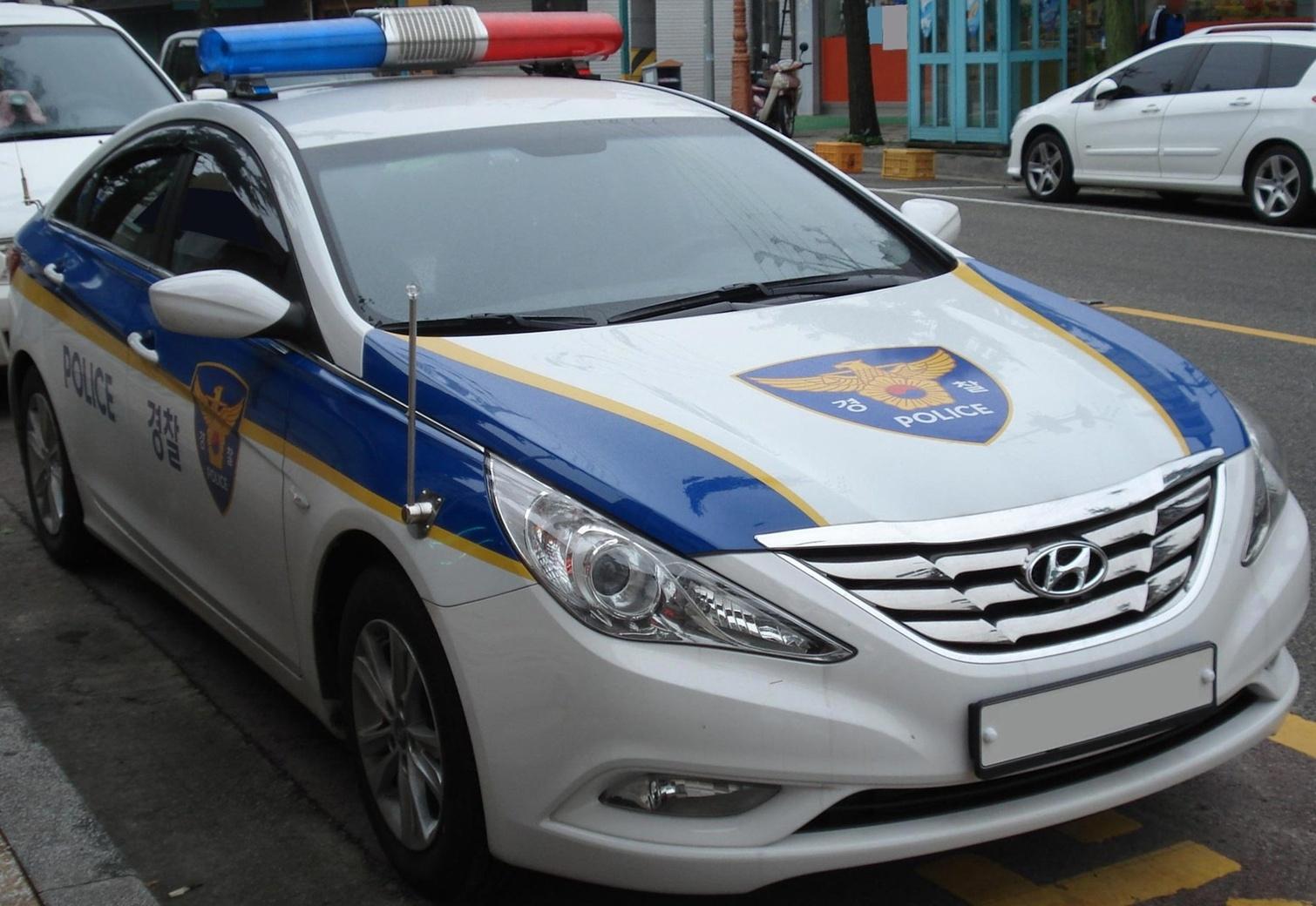 File 20100922 Hyundai Sonata Police Car 1 Jpg Wikimedia