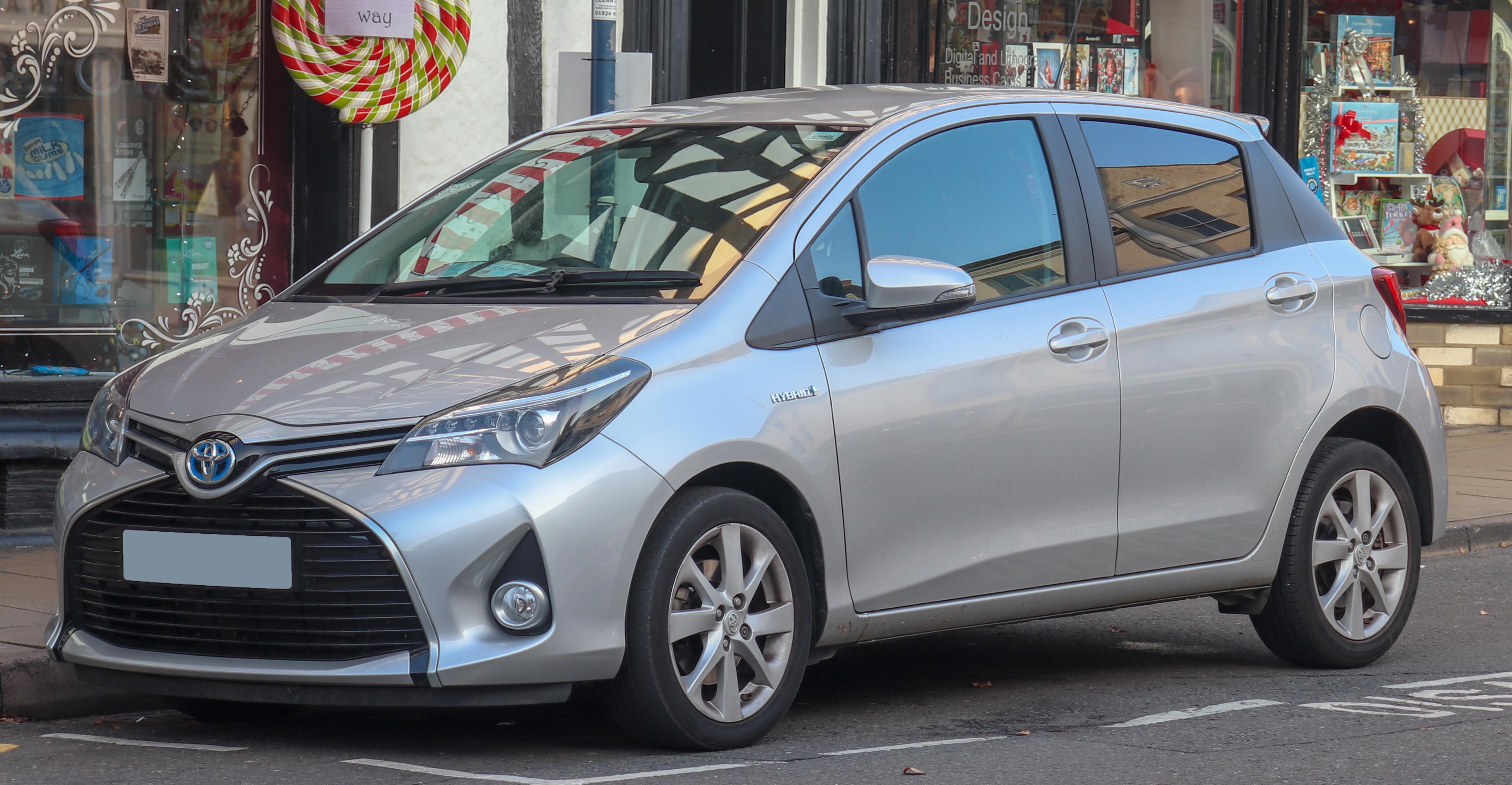 Kelebihan Toyota Yaris 2015 Top Model Tahun Ini
