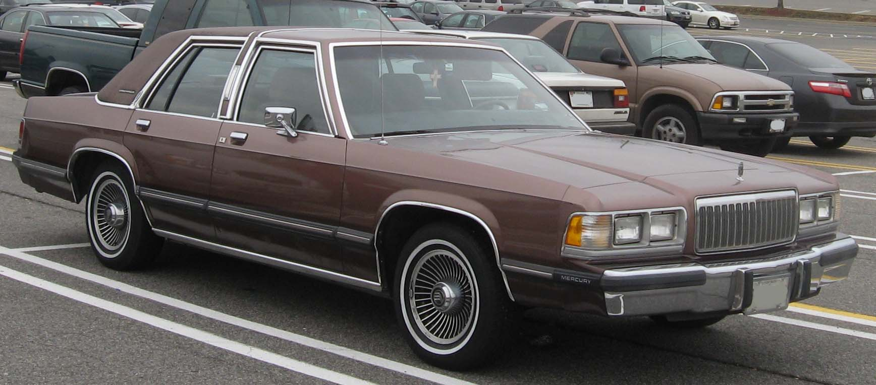 file 88 91 mercury grand marquis jpg wikimedia commons rh commons wikimedia  org Mercury 4.6 Engine Diagram Mercury 4.6 Engine Diagram