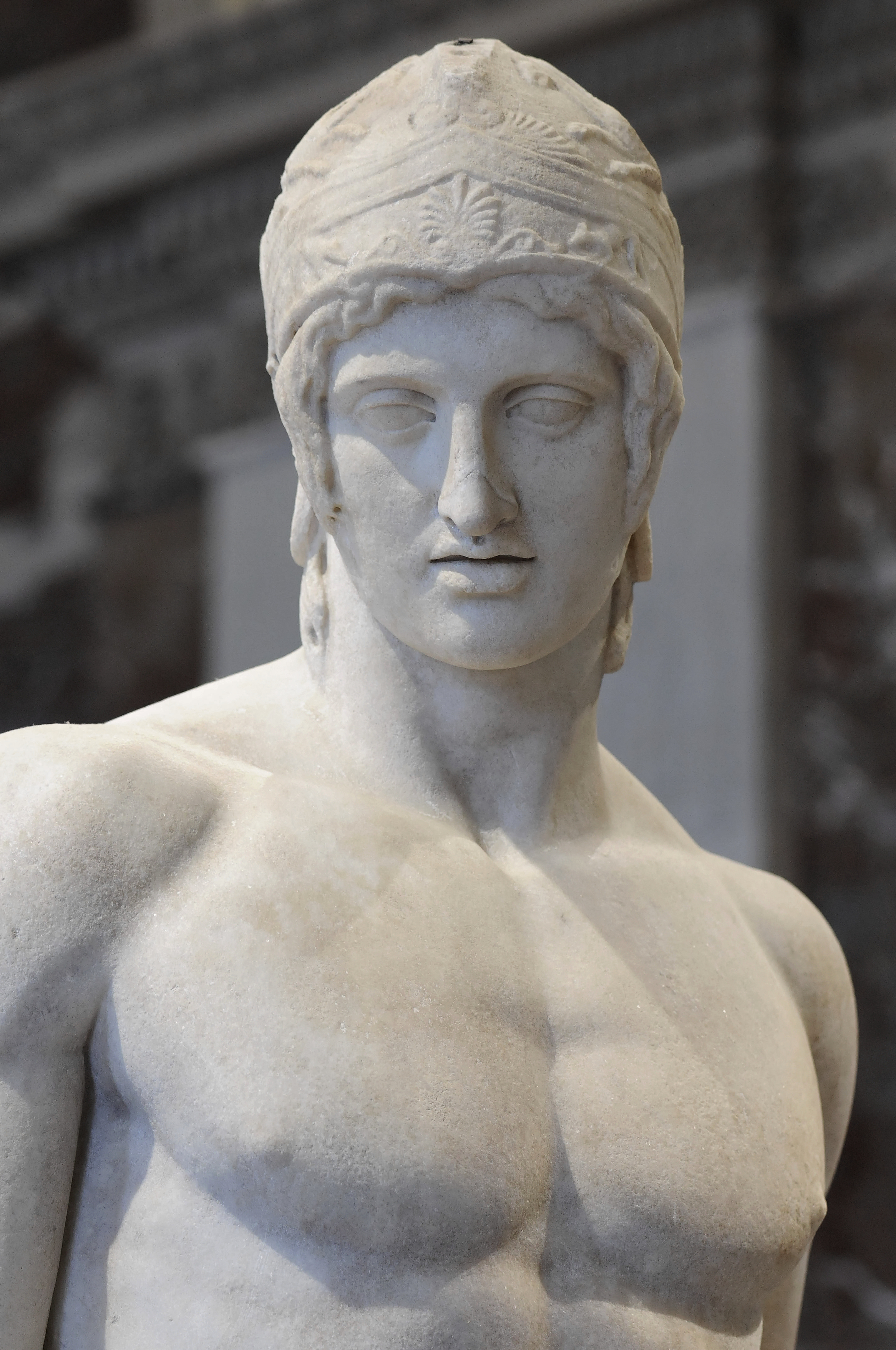 griechischer gott 4 buchstaben