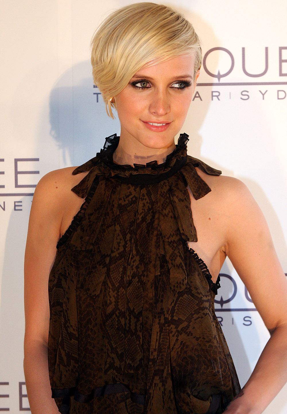 Ashlee Simpson Biography