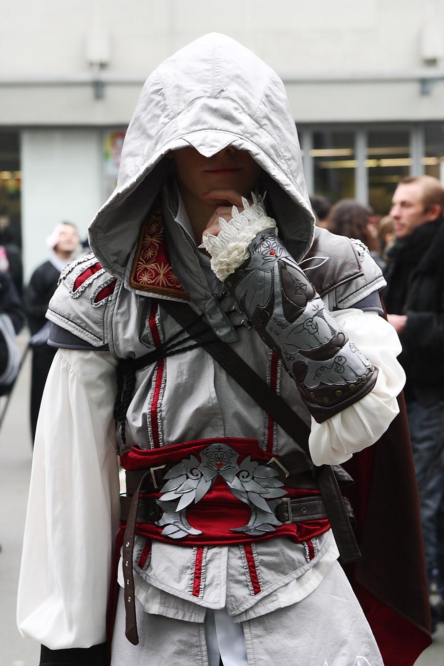 File Assassins Creed Ii Ezio Paris Manga 9 Cosplay 4338641182 Jpg Wikimedia Commons