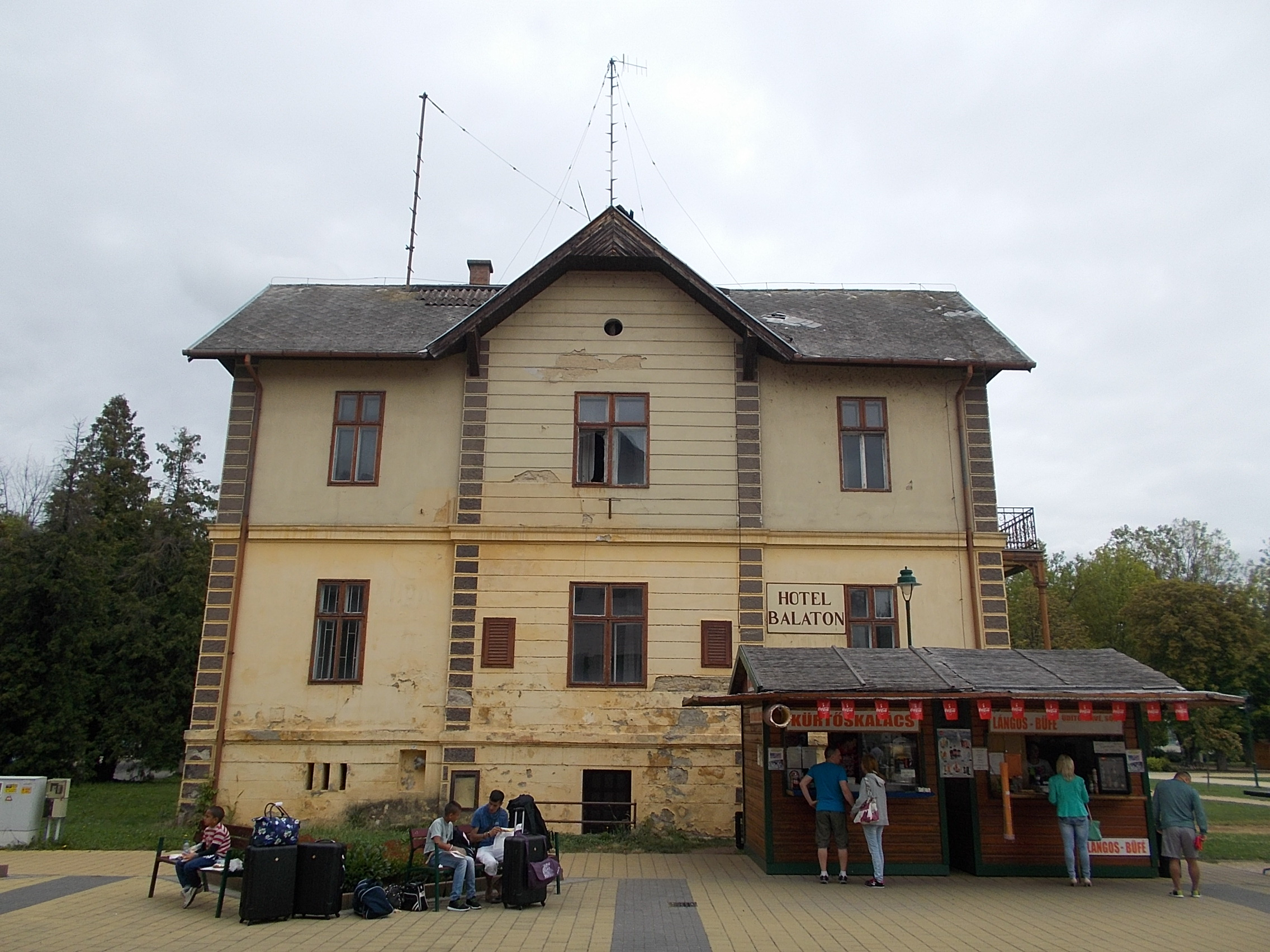 File Balaton Hotel 1895 South Facade In Keszthely 2016 Hungary