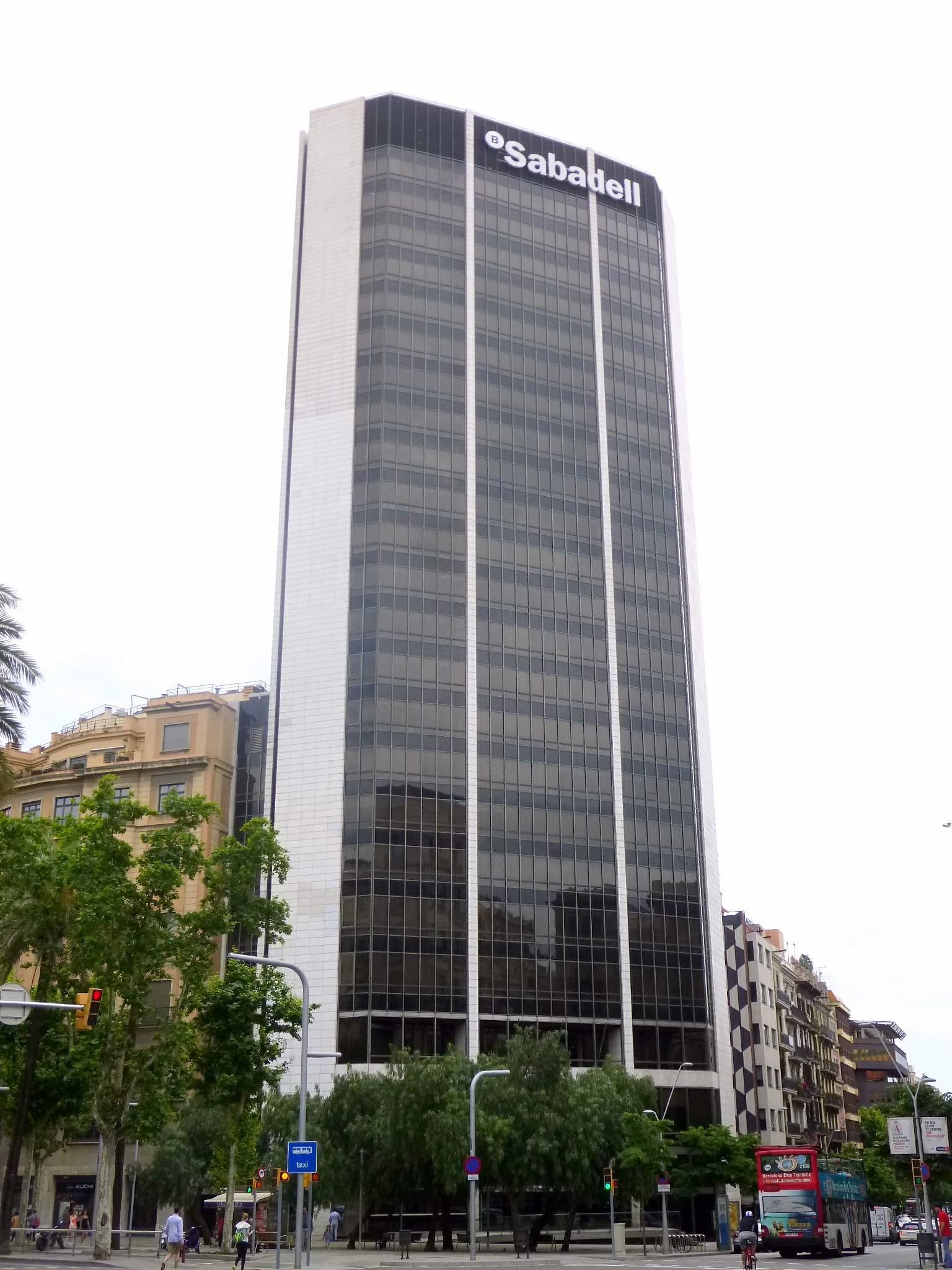 File barcelona torre banc sabadell wikimedia commons - Oficinas banc sabadell barcelona ...