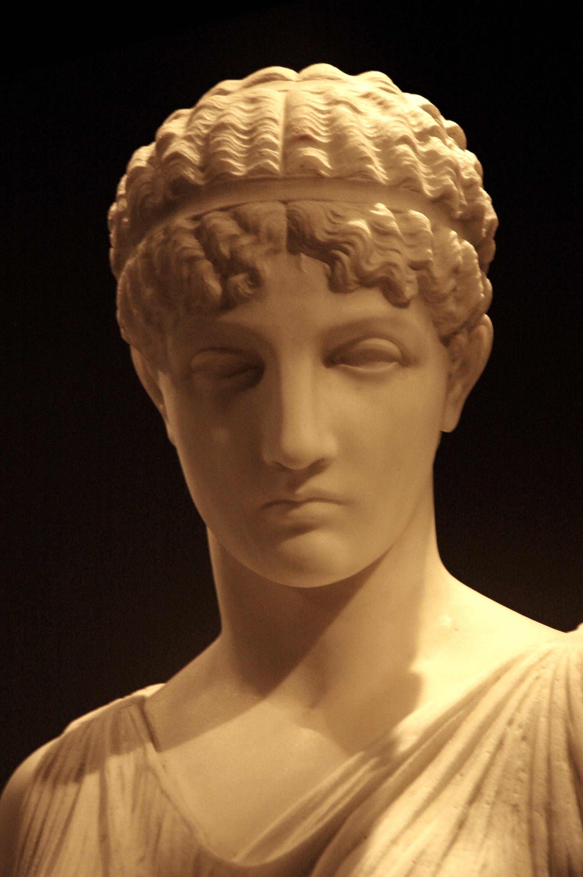 ancient greek sculpture essay