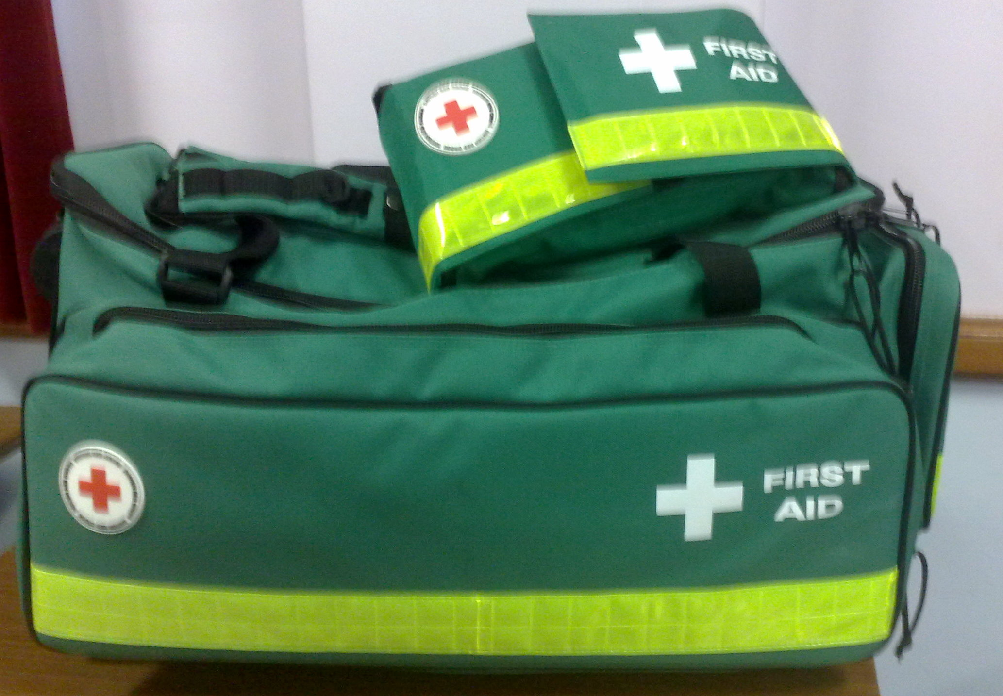 image from http://upload.wikimedia.org/wikipedia/commons/6/62/British_Red_Cross_First_Aid_Kits.jpg