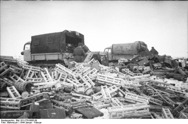 File:Bundesarchiv Bild 101I-278-0885-09, Russland, Raupenschlepper Ost.jpg
