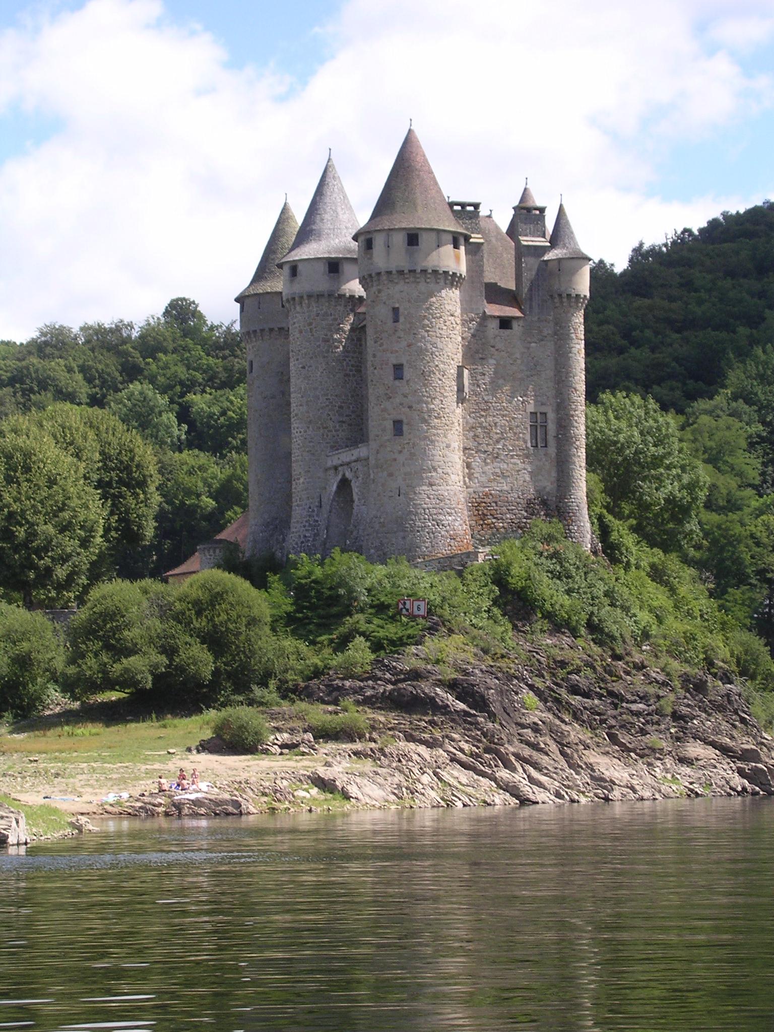 """Résultat de recherche d'images pour """"chateau de val"""""""