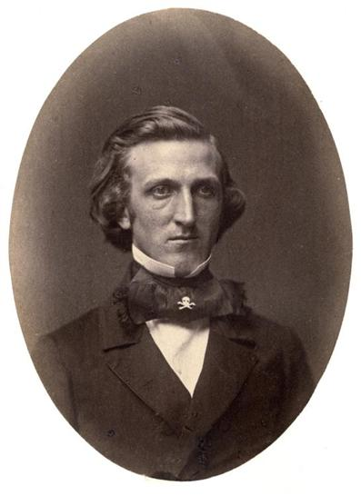 Chauncey Depew, Yale College Class of 1856 album. (Note Skull and Bones emblem on the middle of Depew's tie.)