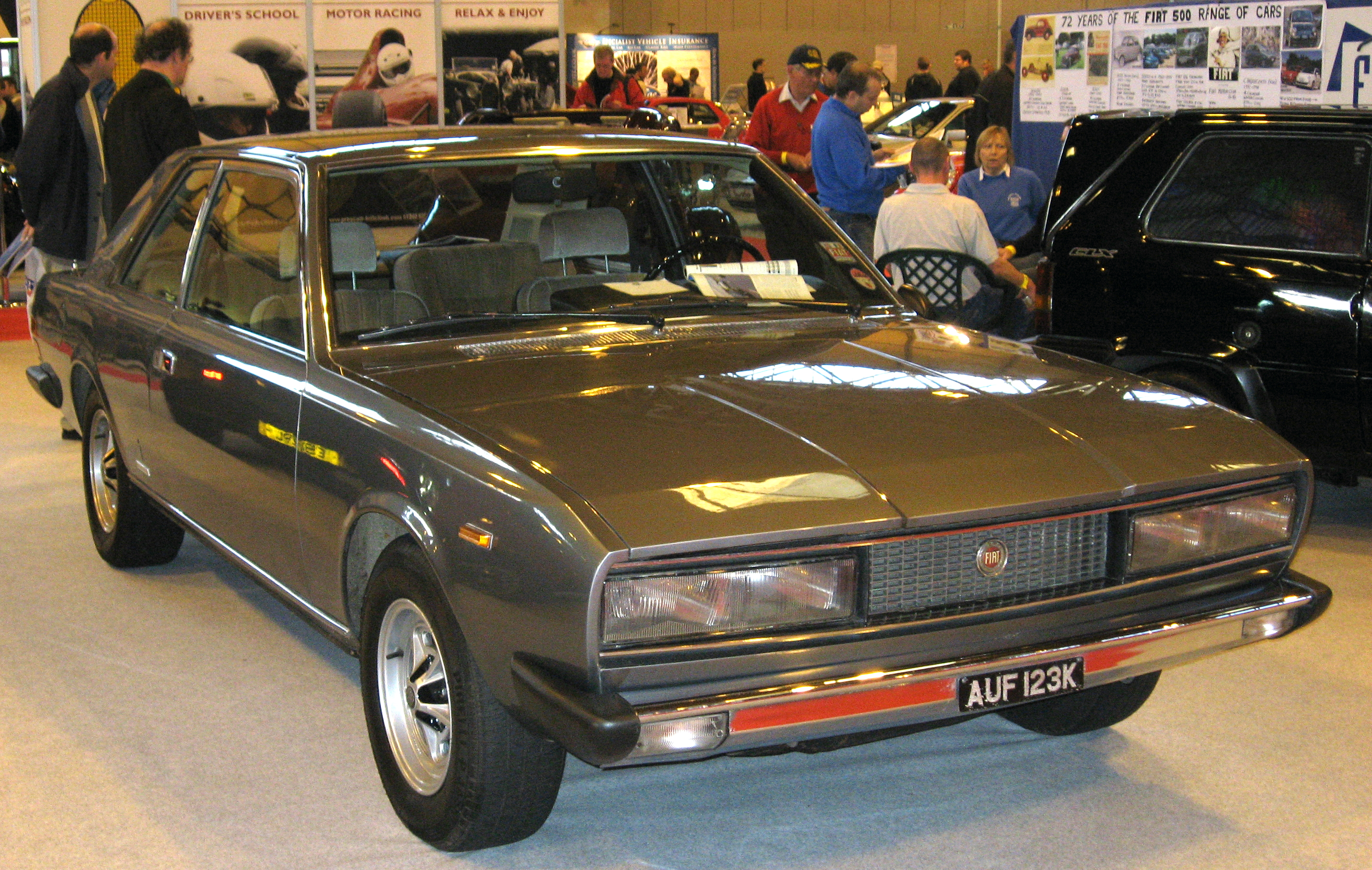 Fiat 130 —
