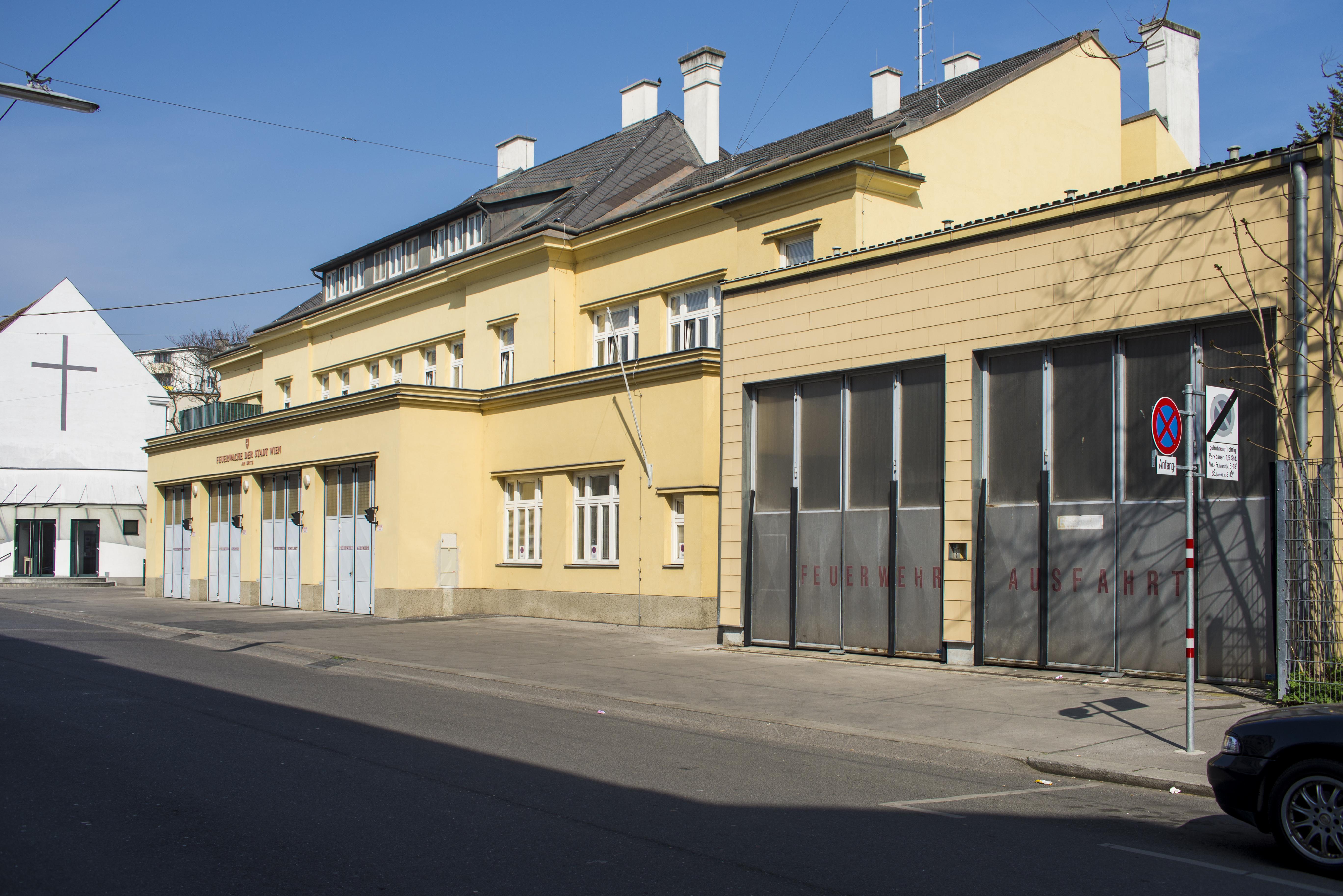 Feuerwache Floridsdorf Am Spitz.jpg