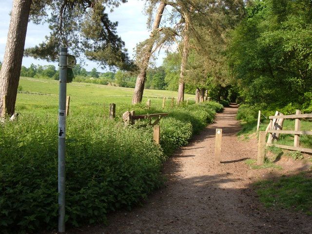 Greensand Ridge Walk - geograph.org.uk - 809864