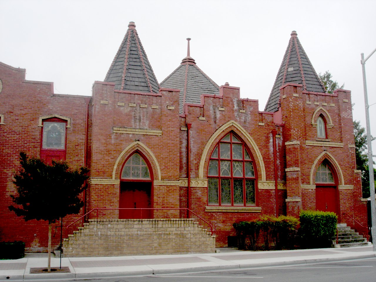 Hollister (CA) United States  city images : Hollister United Methodist Church, Fifth and Monterey Streets ...
