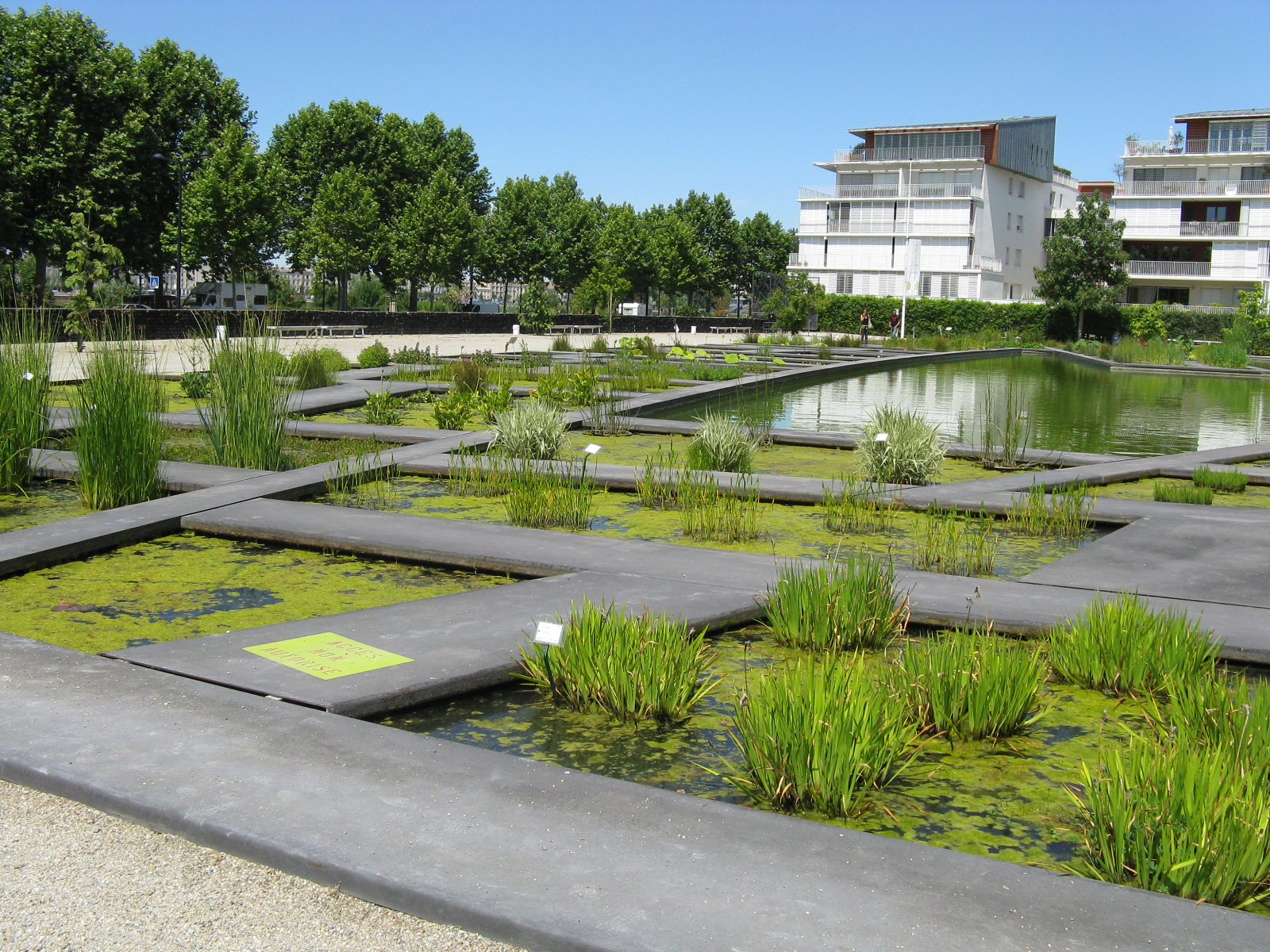 Contemporary european architecture future landscapes for Jardin public bordeaux