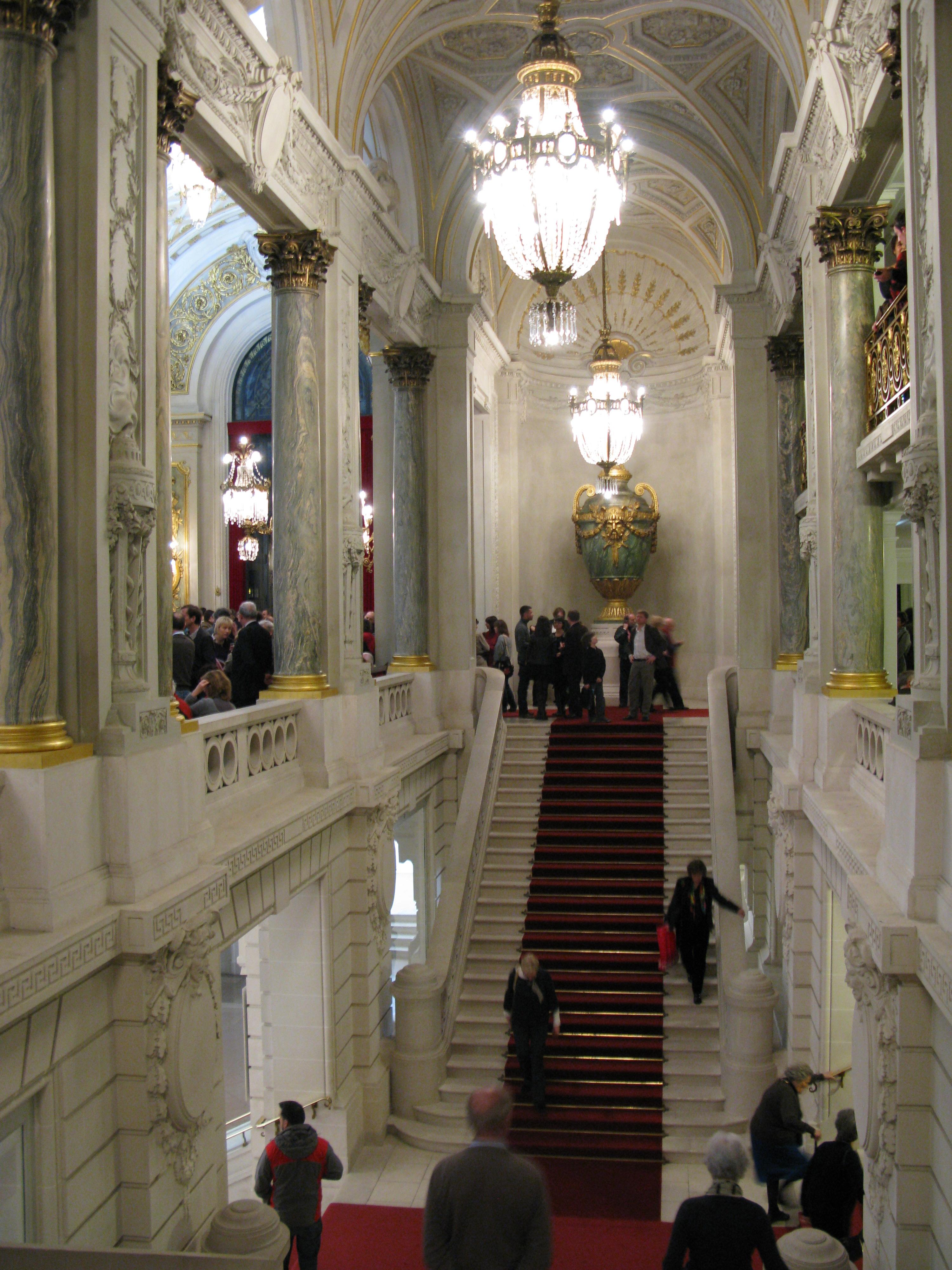 file jielbeaumadier opera de lille interieur