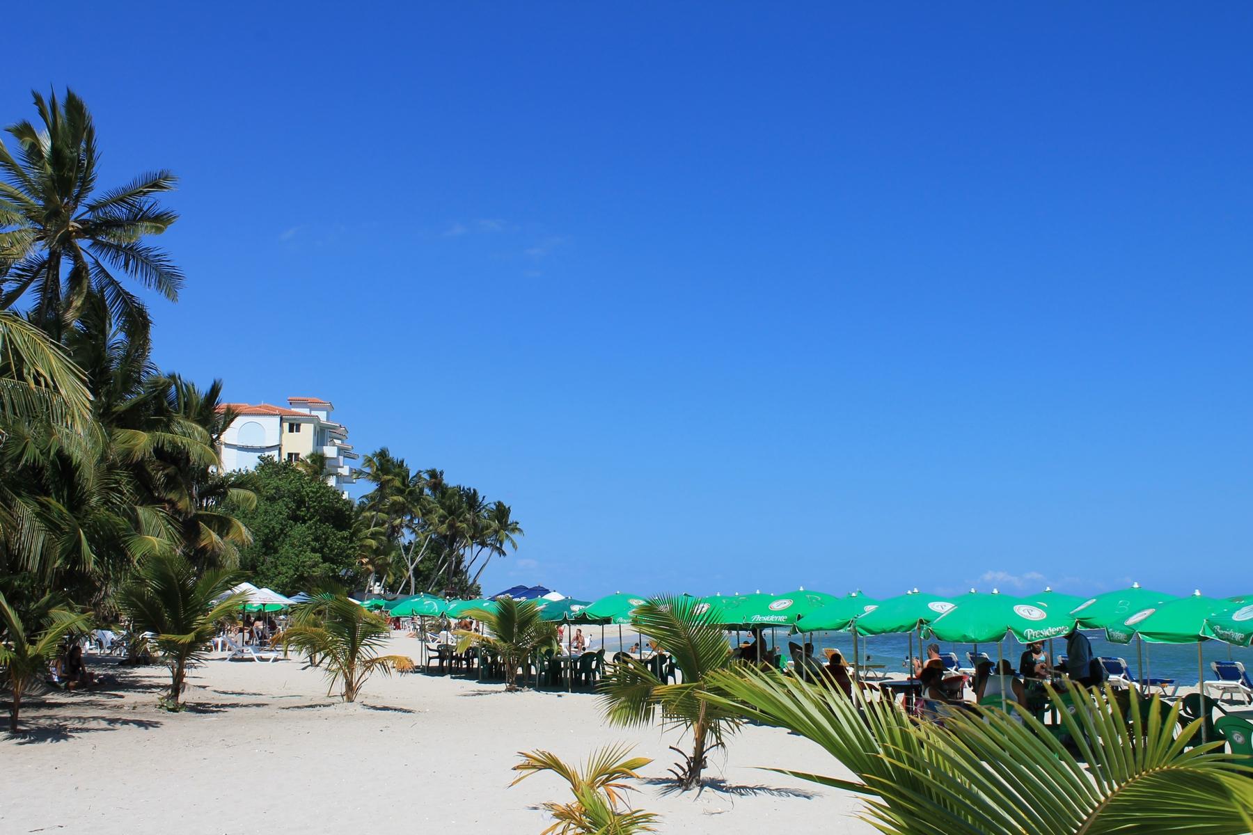 File:Juan Dolio Beach 1.jpg - Wikimedia Commons