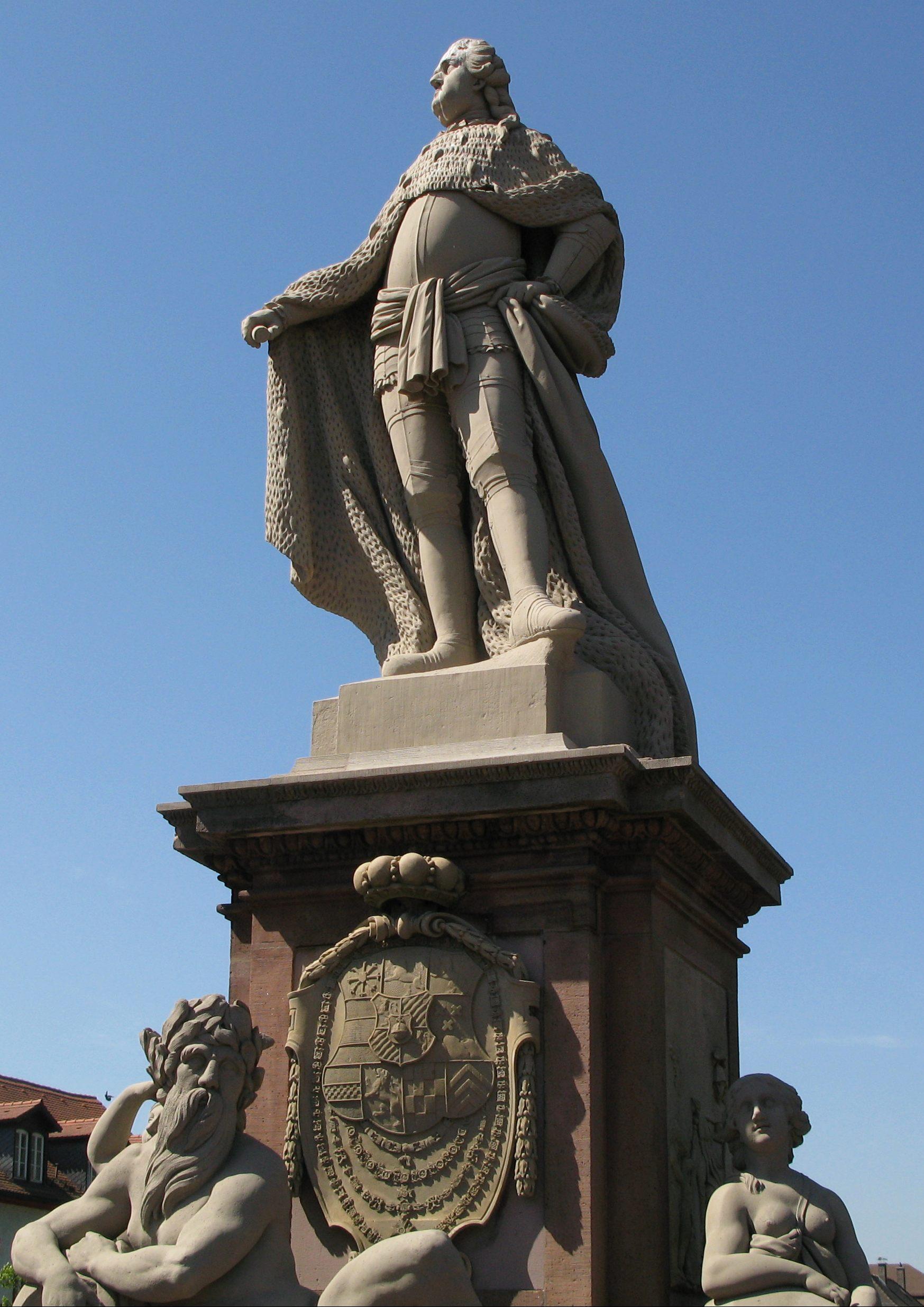 File Karl Theodor Statue Heidelberg Jpg Wikimedia Commons