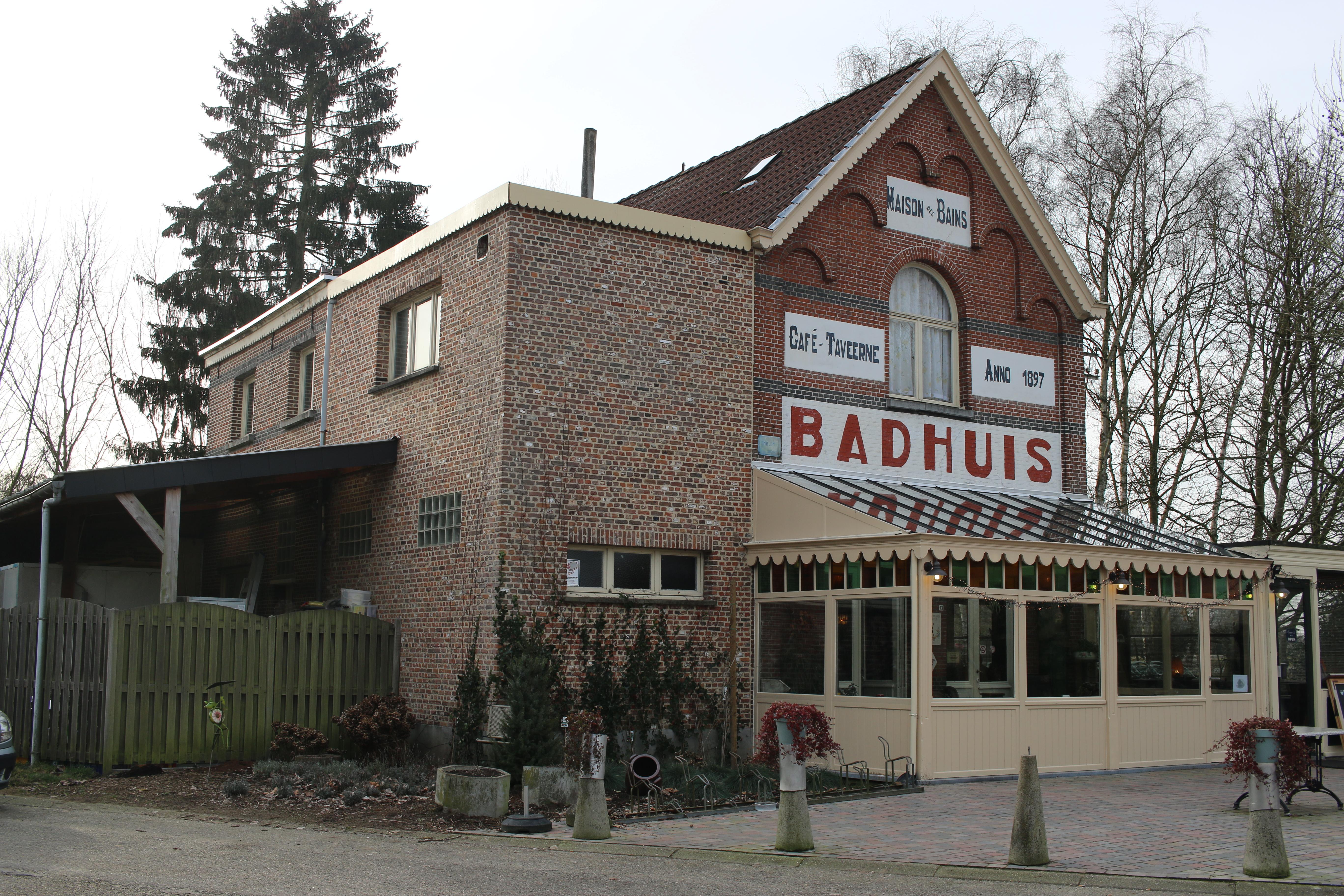 Cafe Des Bains Horaires