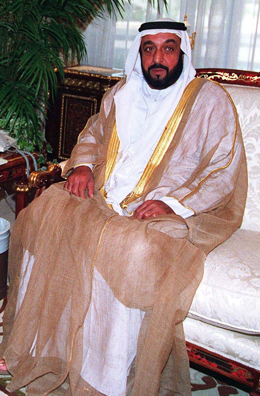 однокомнатные, щапка султана самый богатый в иире отличие