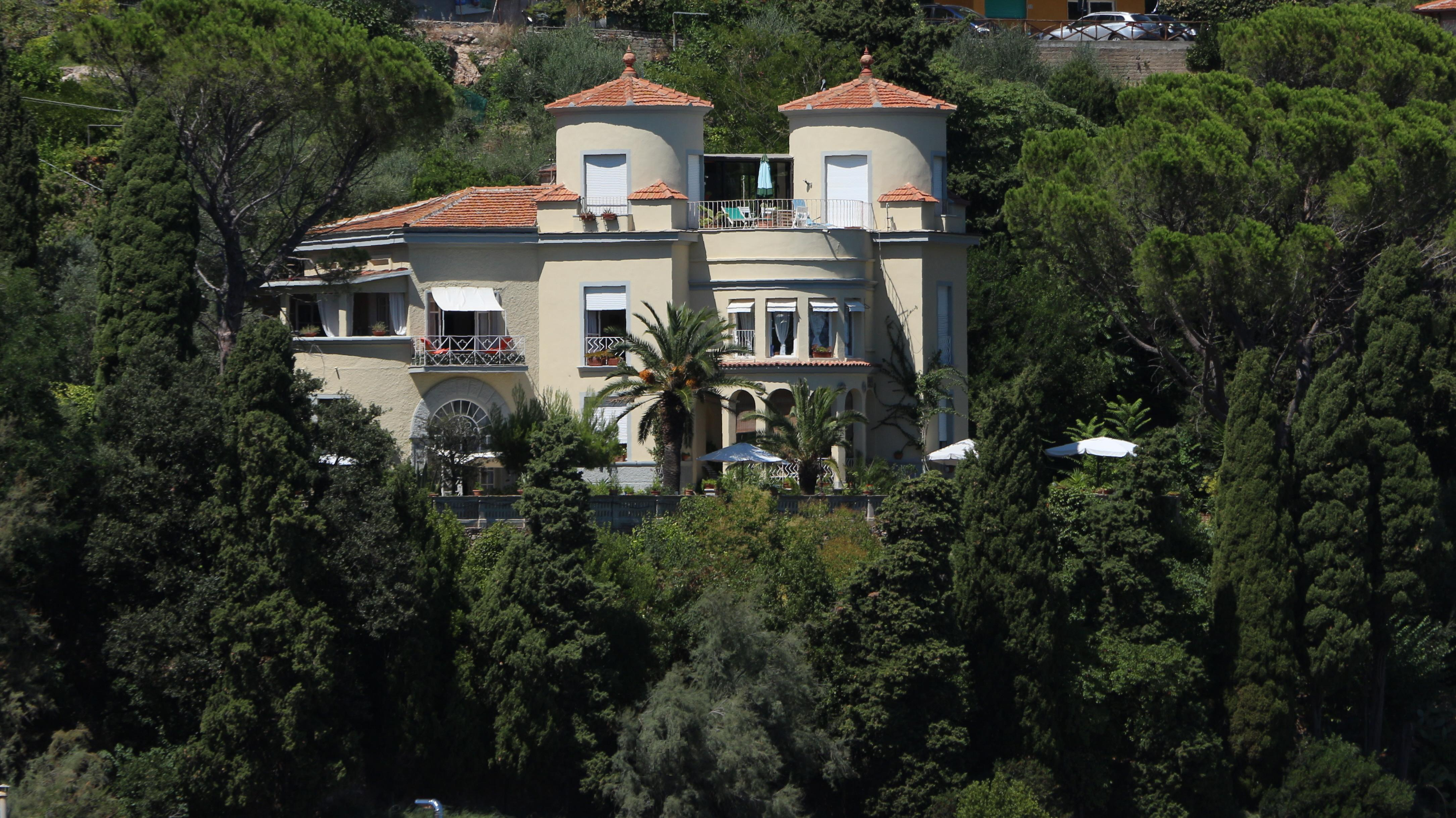 Villa Ansedonia Maria De Filippi Sigarette