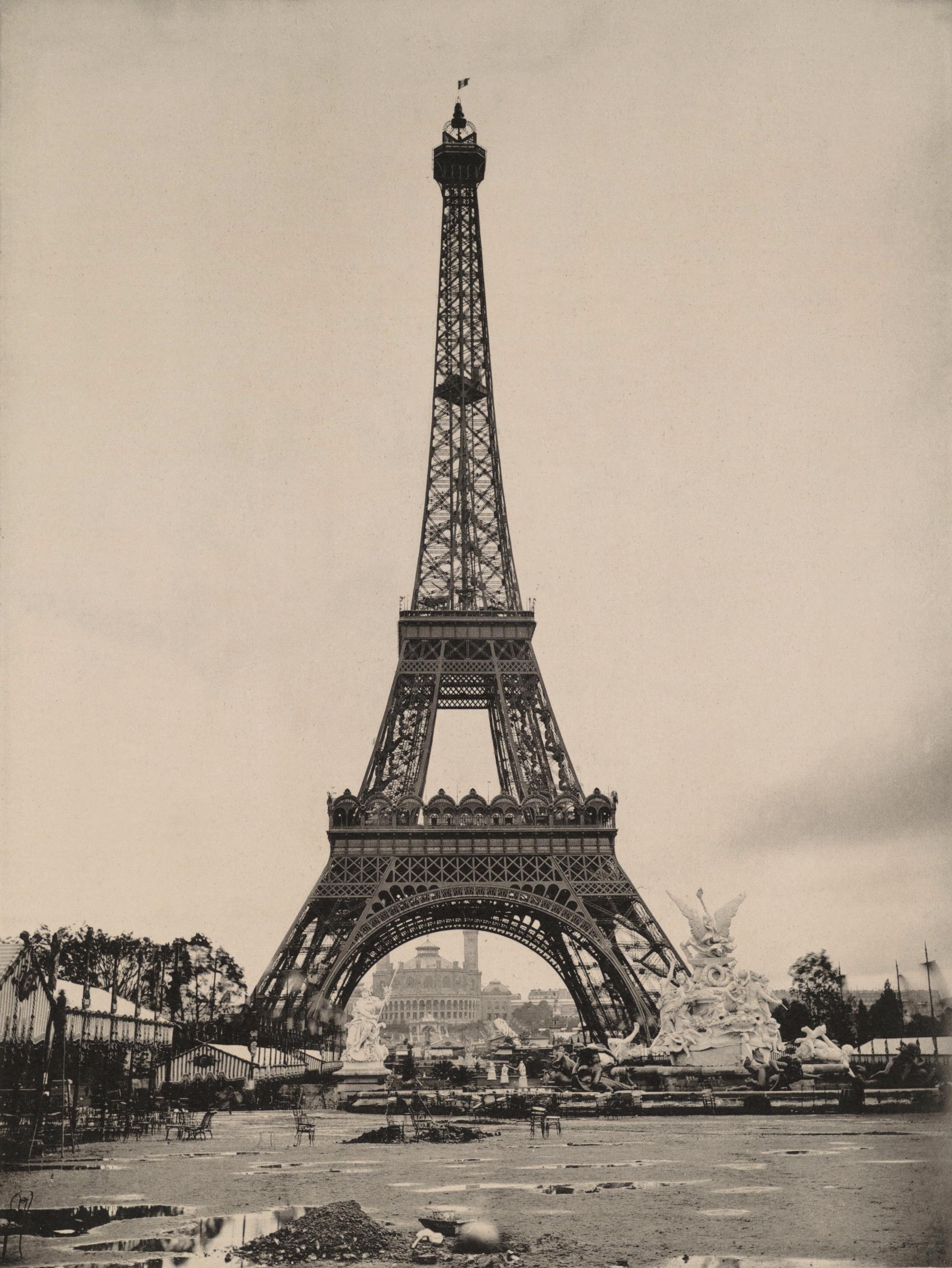 File le parc du champ de mars la tour eiffel et le trocad ro vue d 39 ense - Les dimensions de la tour eiffel ...