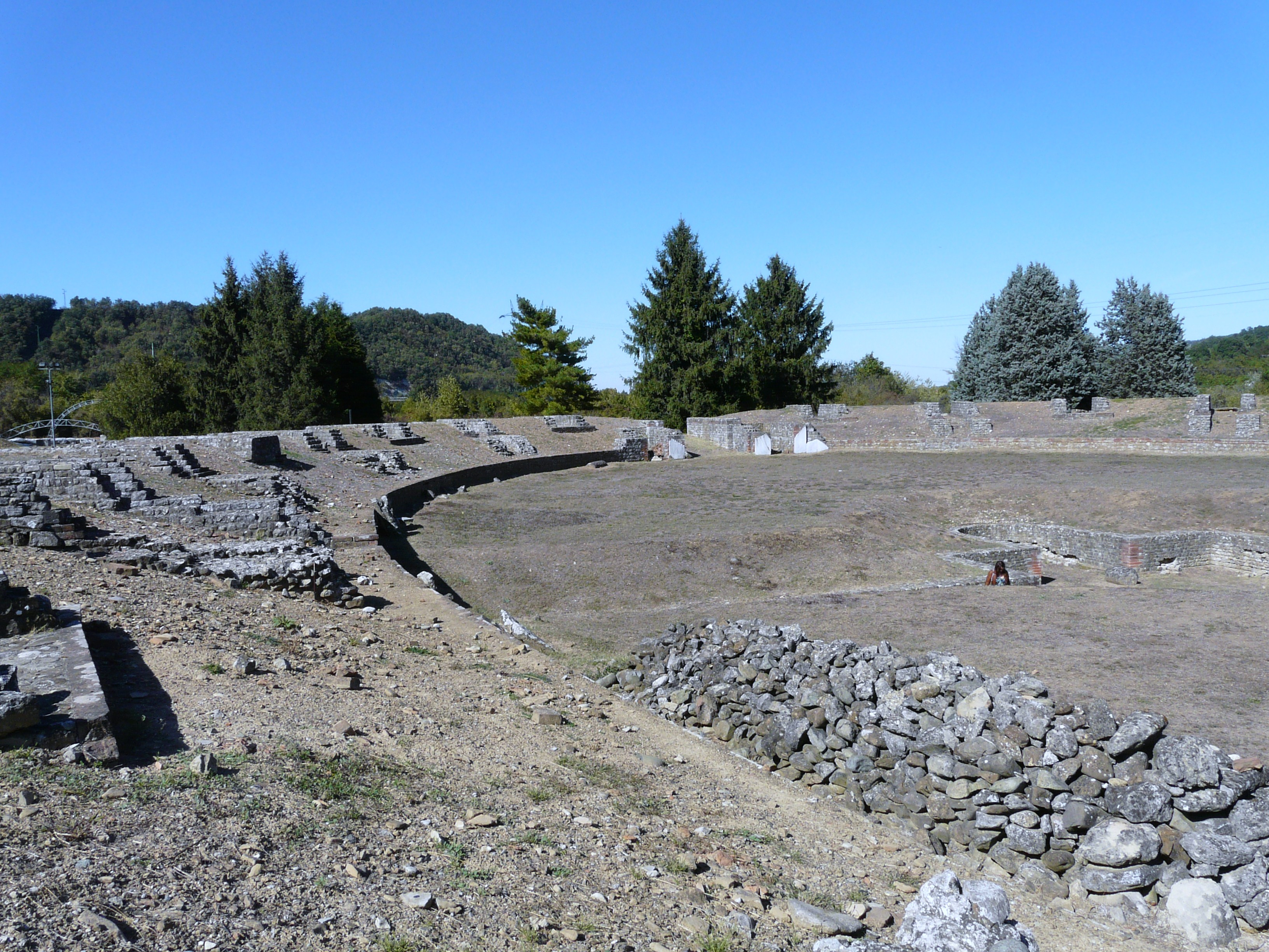 Libarna (Serravalle Scrivia)-area archeologica e rinvenimenti città romana12.jpg