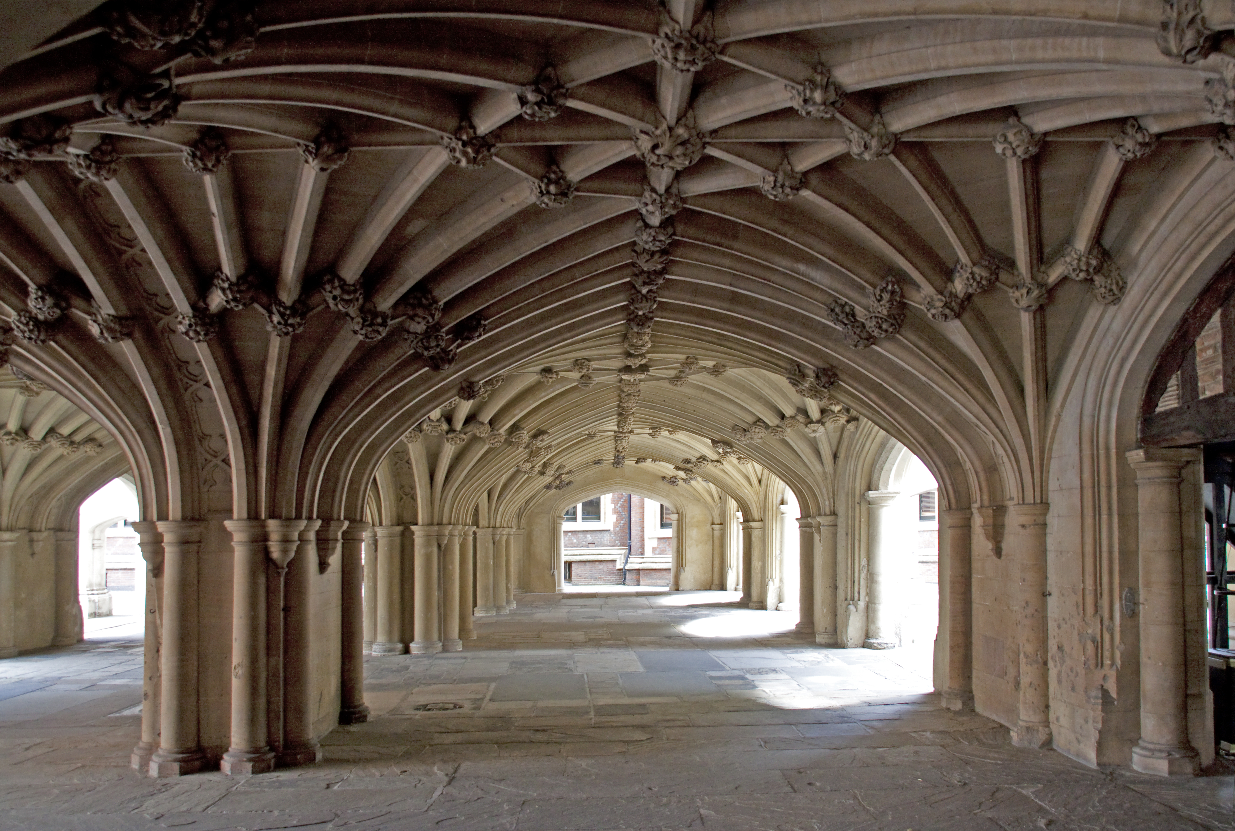 Description Lincolns Inn Vaulted Ceiling 1 (4875999395).jpg