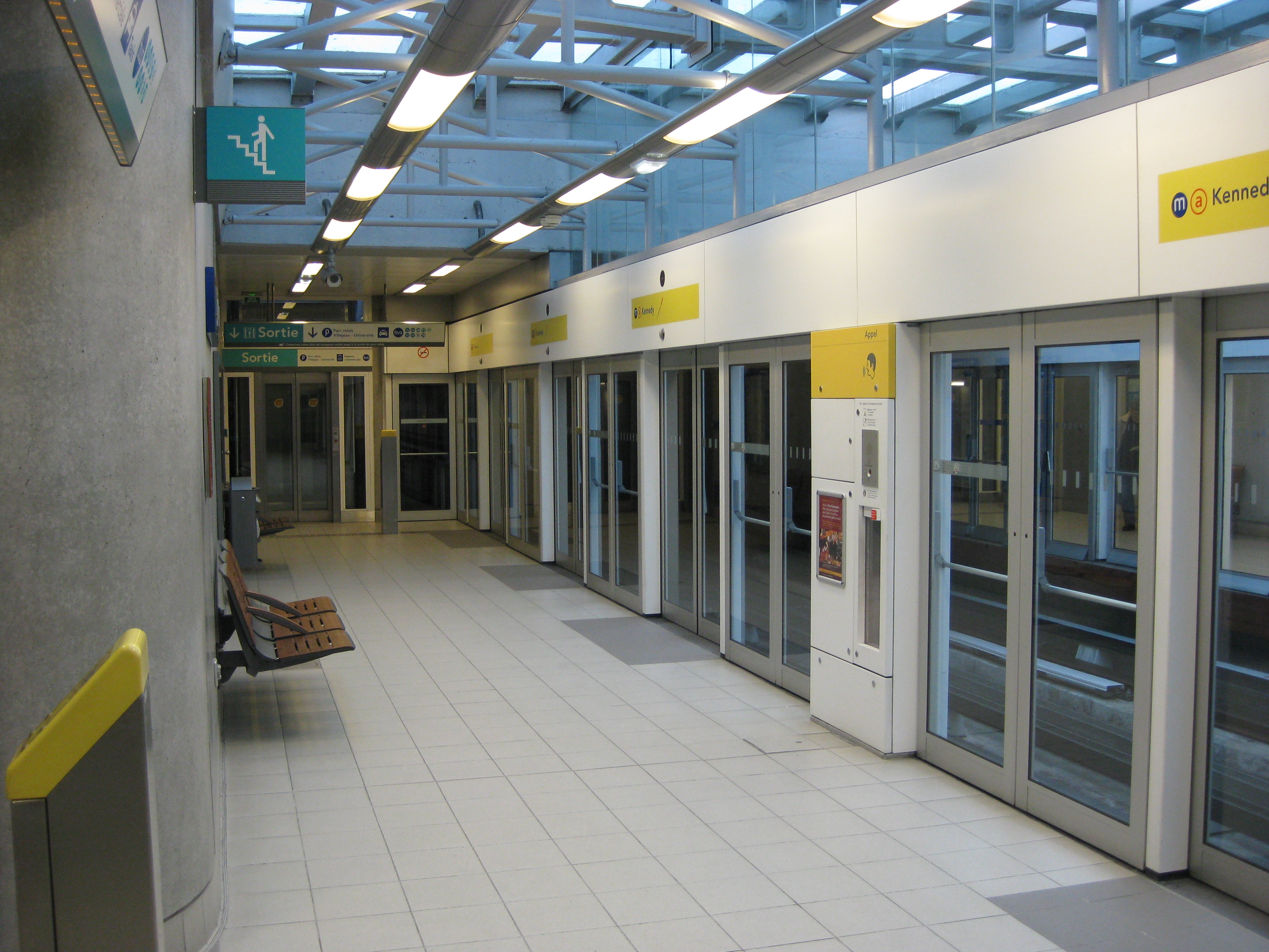 file m tro rennes station villejean jpg wikimedia commons. Black Bedroom Furniture Sets. Home Design Ideas
