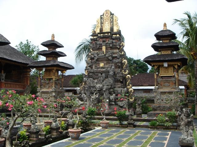 Curva Vasca Da Bagno Wikipedia : Ubud wikivoyage guida turistica di viaggio