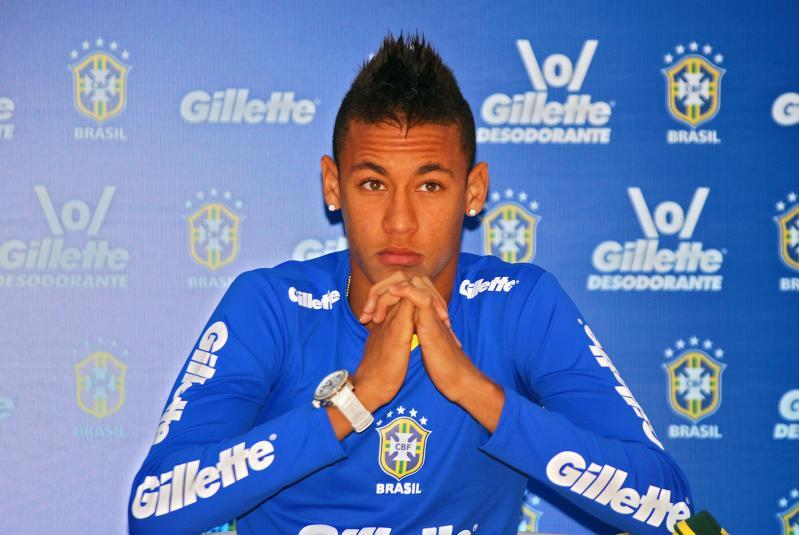 Neymar , Su Vida Y historia .