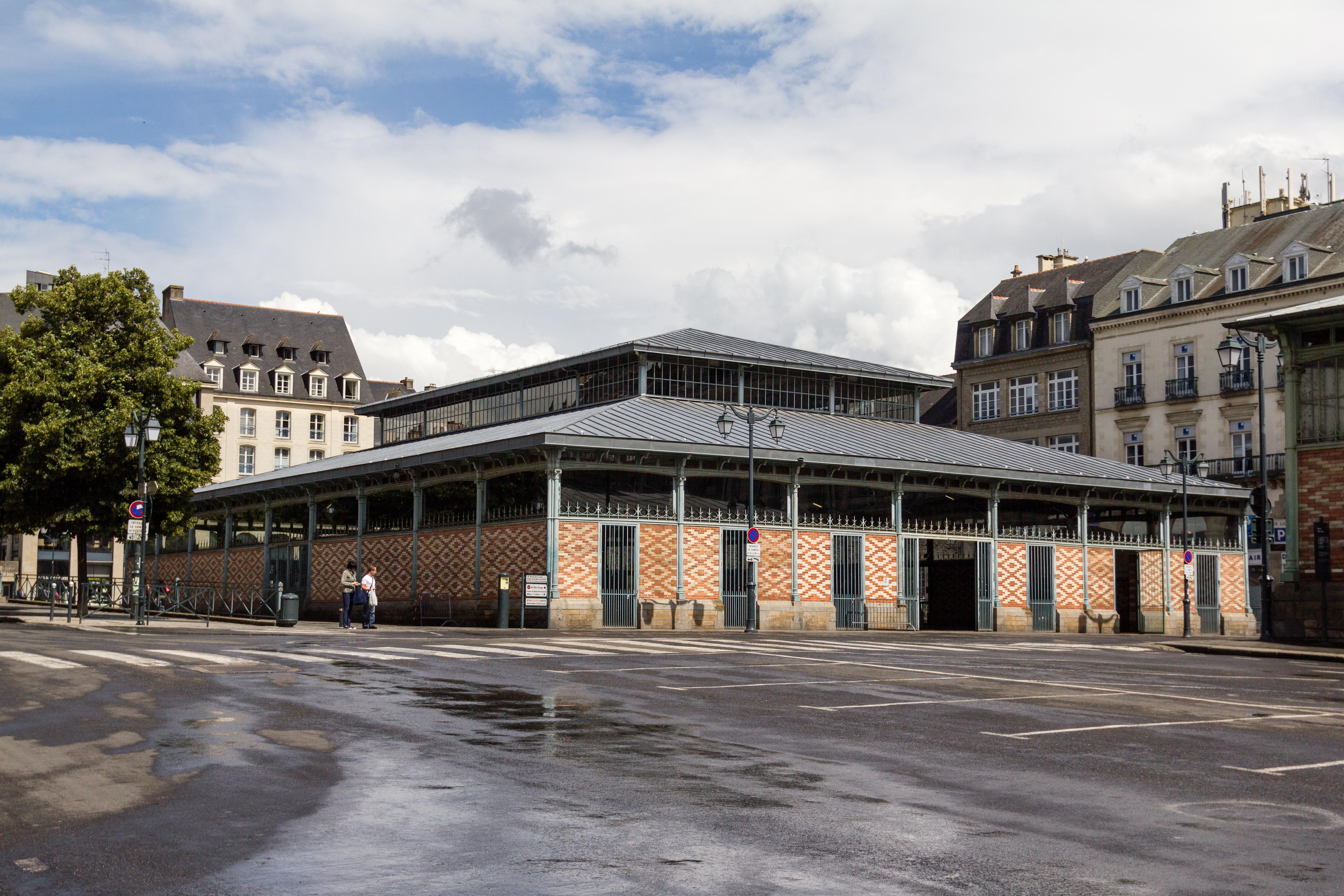 File pavillon nord des halles martenot rennes wikimedia commons - Le cafe des bains rennes ...