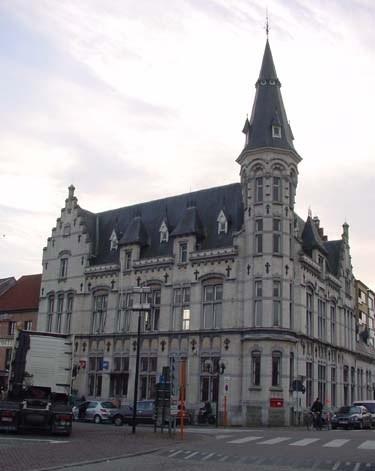 Postkantoor te Lokeren gebouwd in 1906