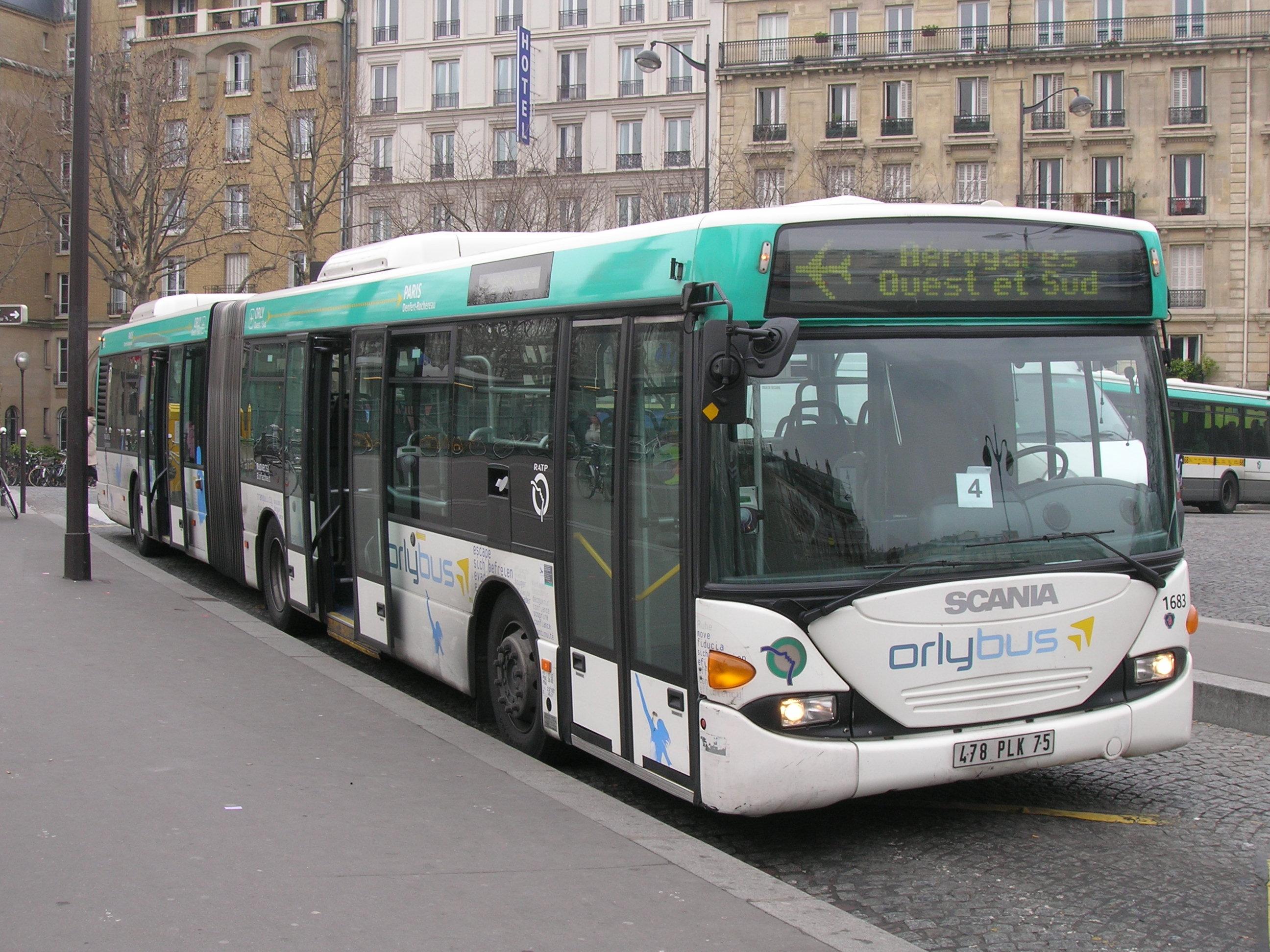 File:RATP Orlybus Denfert-Rochereau.JPG - Wikimedia Commons