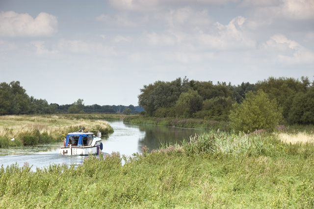 River Cam between Upware and Waterbeach - geograph.org.uk - 897475