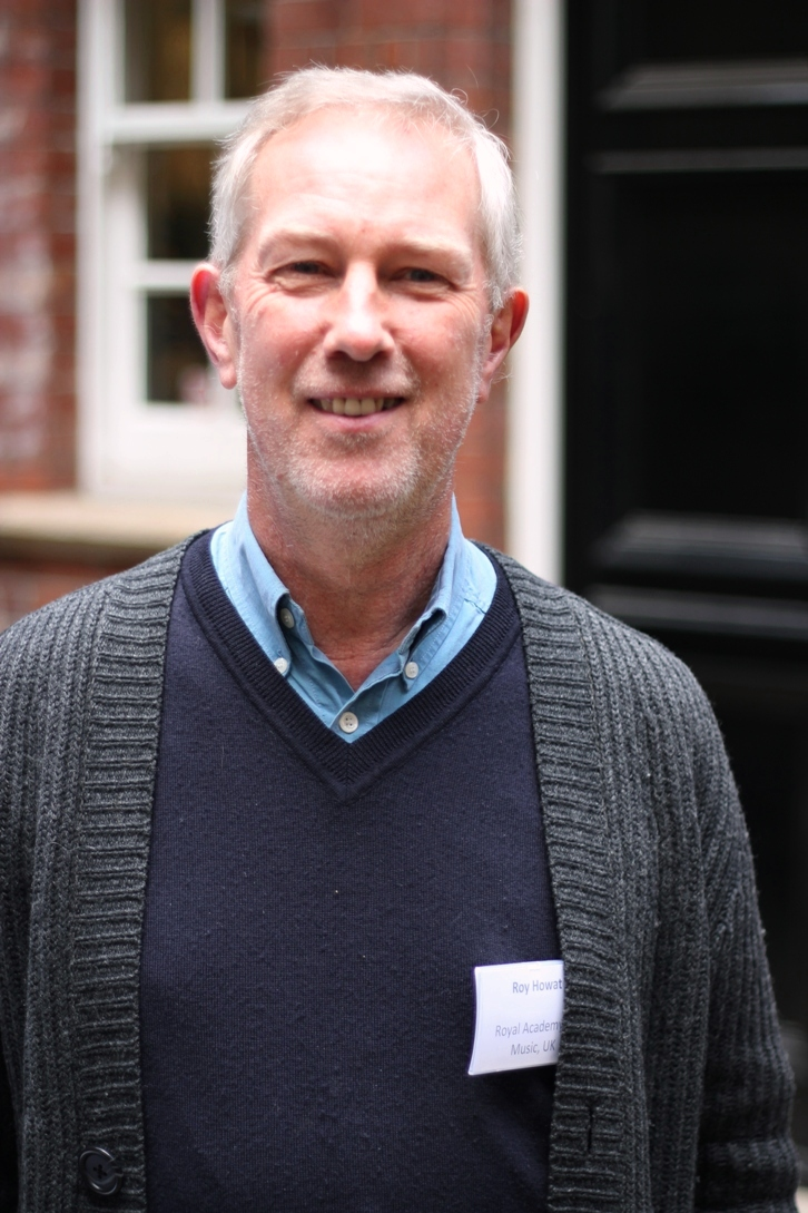 Roy Howat outside [[Gresham College
