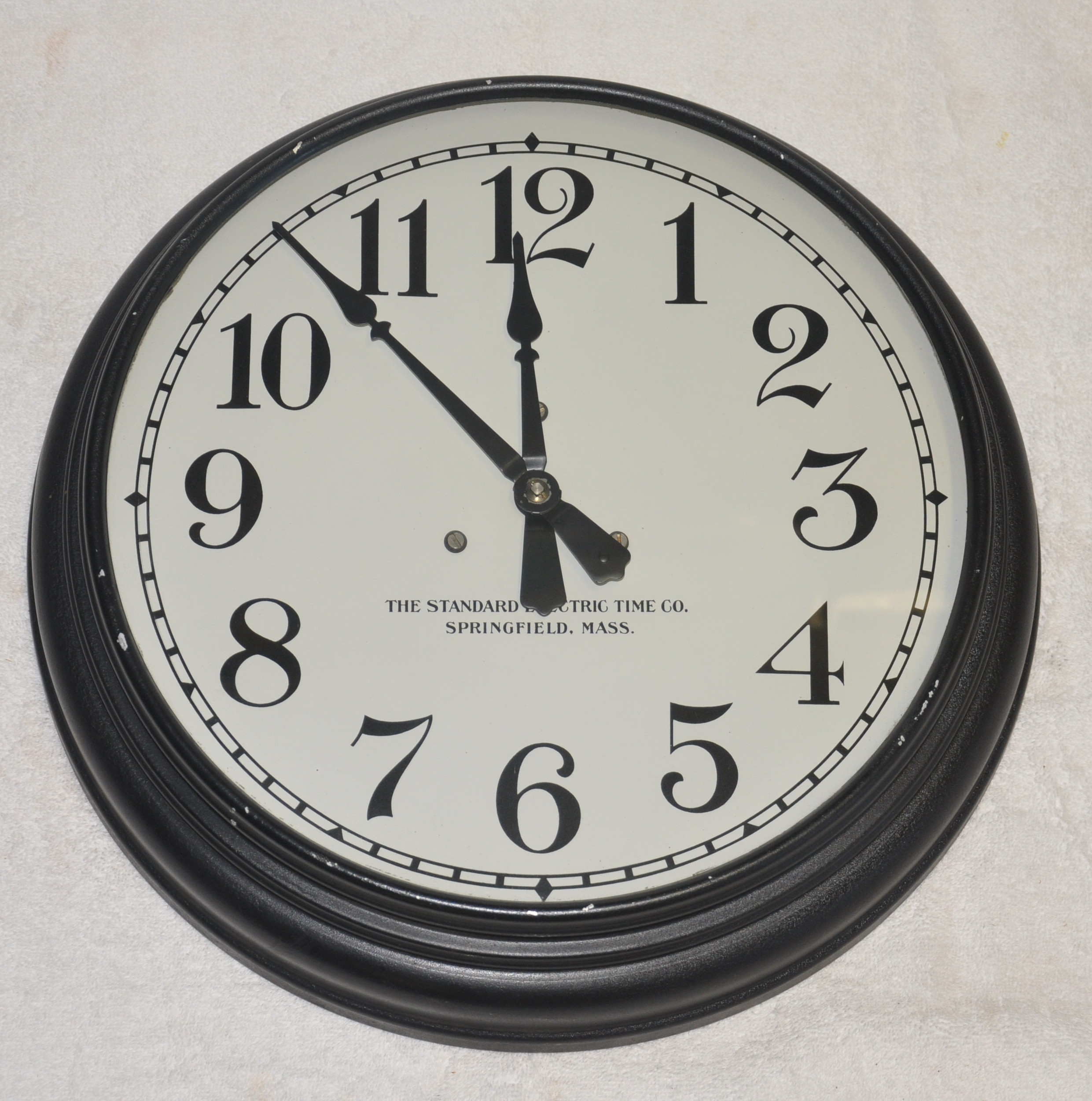 Standard_Electric_Time_Co._Electromechanical_Master_Clock_02