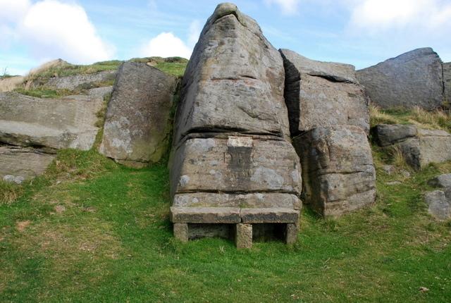 Stone seat on Longshaw Edge - geograph.org.uk - 549945