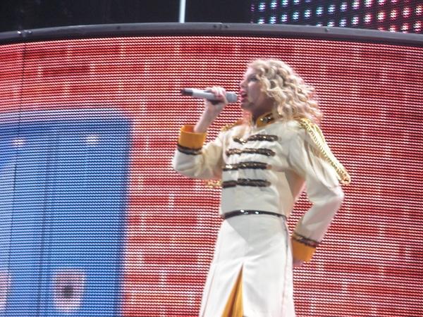 File Taylor Swift Fearless Tour Foxboro 02 Jpg Wikimedia Commons