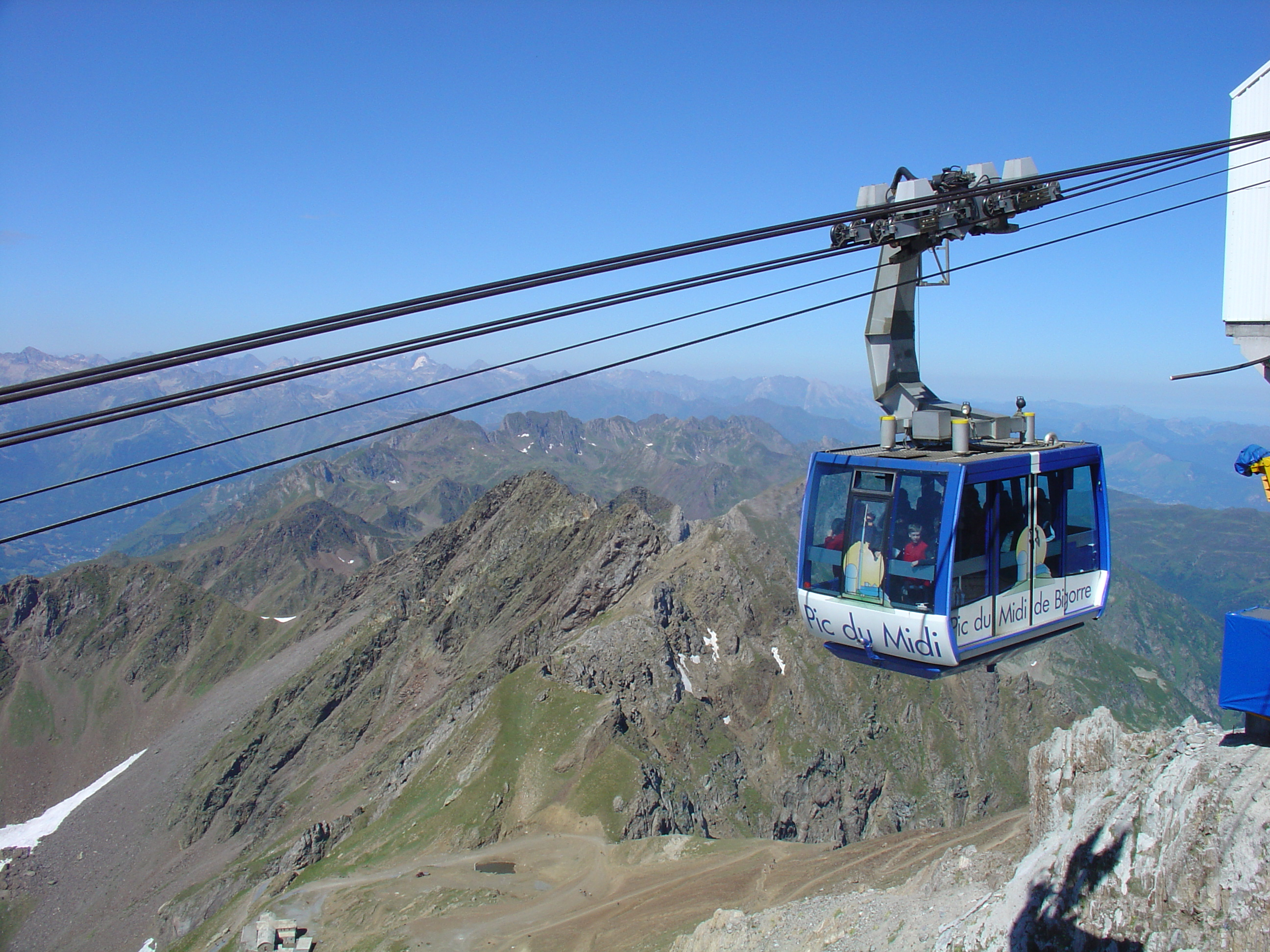 file telepherique pic du midi de bigirre jpg   wikimedia commons