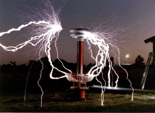 Tesla-Spule ©Wikimedia User