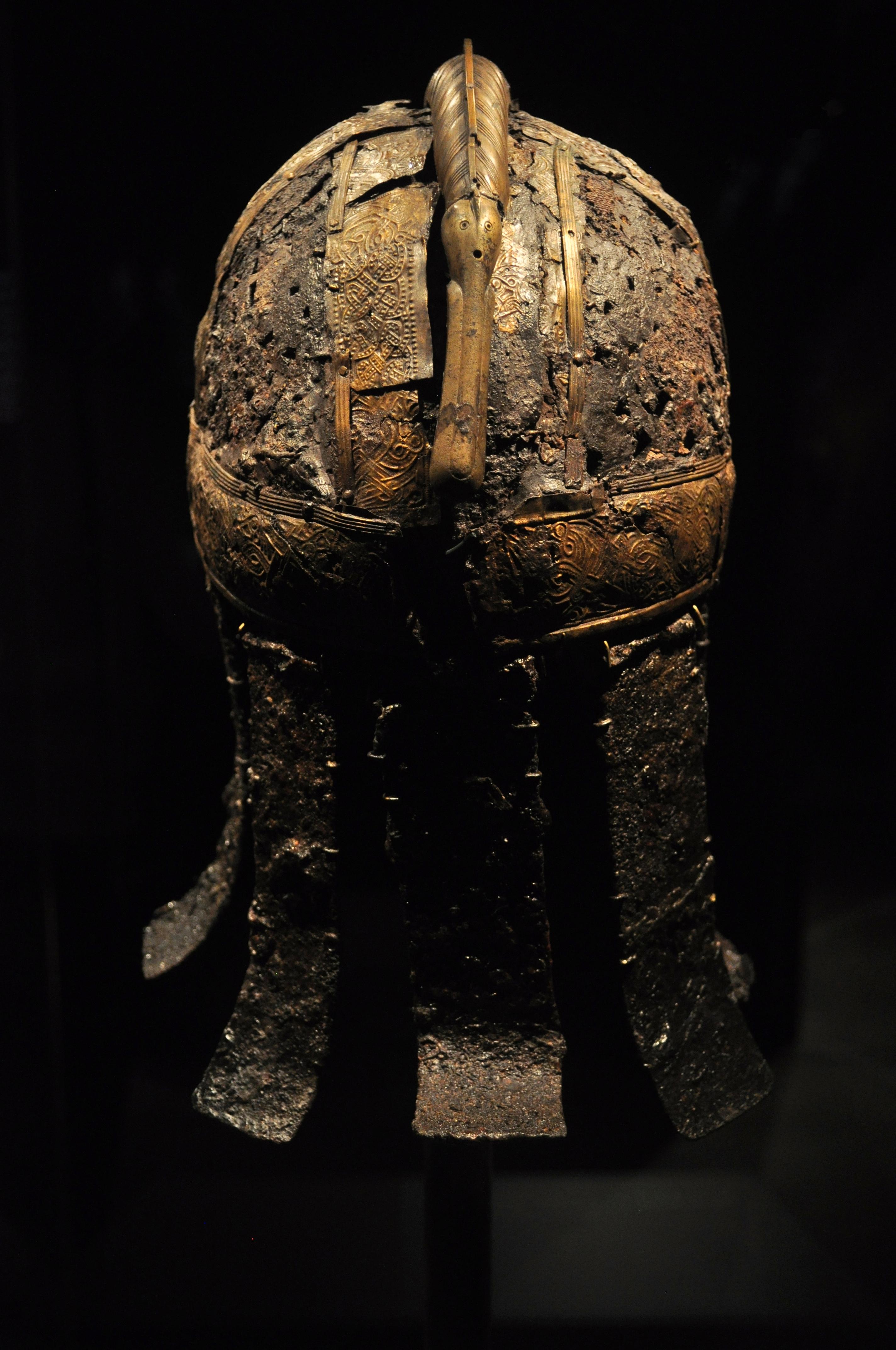 File:The Vikings Begin 53 - rear of warrior helmet