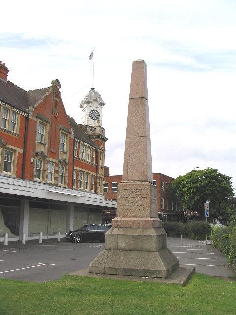 File The William Hunter Memorial Brentwood Essex