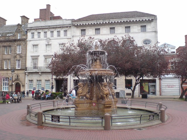 Town Hall Square Fountain, Leicester - geograph.org.uk - 782631.jpg