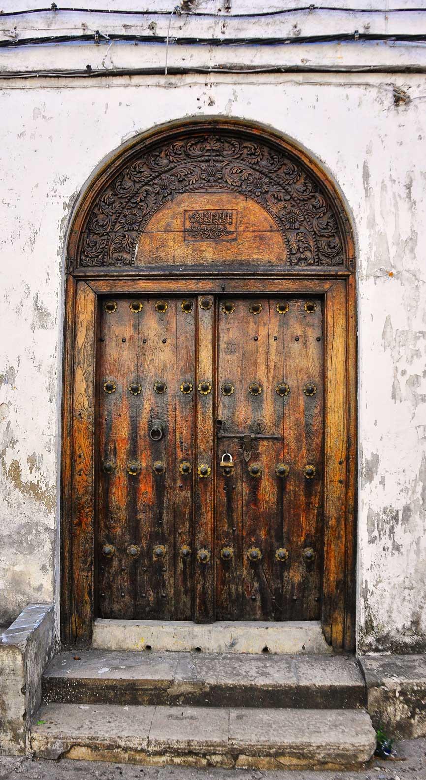 FileTraditional Door Zanzibar (7966814376).jpg & File:Traditional Door Zanzibar (7966814376).jpg - Wikimedia Commons