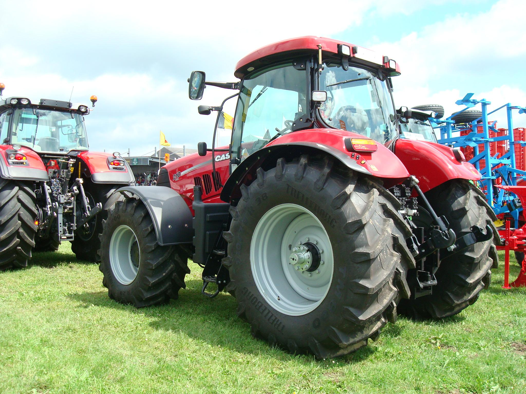 File traktor case ih cvx g wikimedia commons
