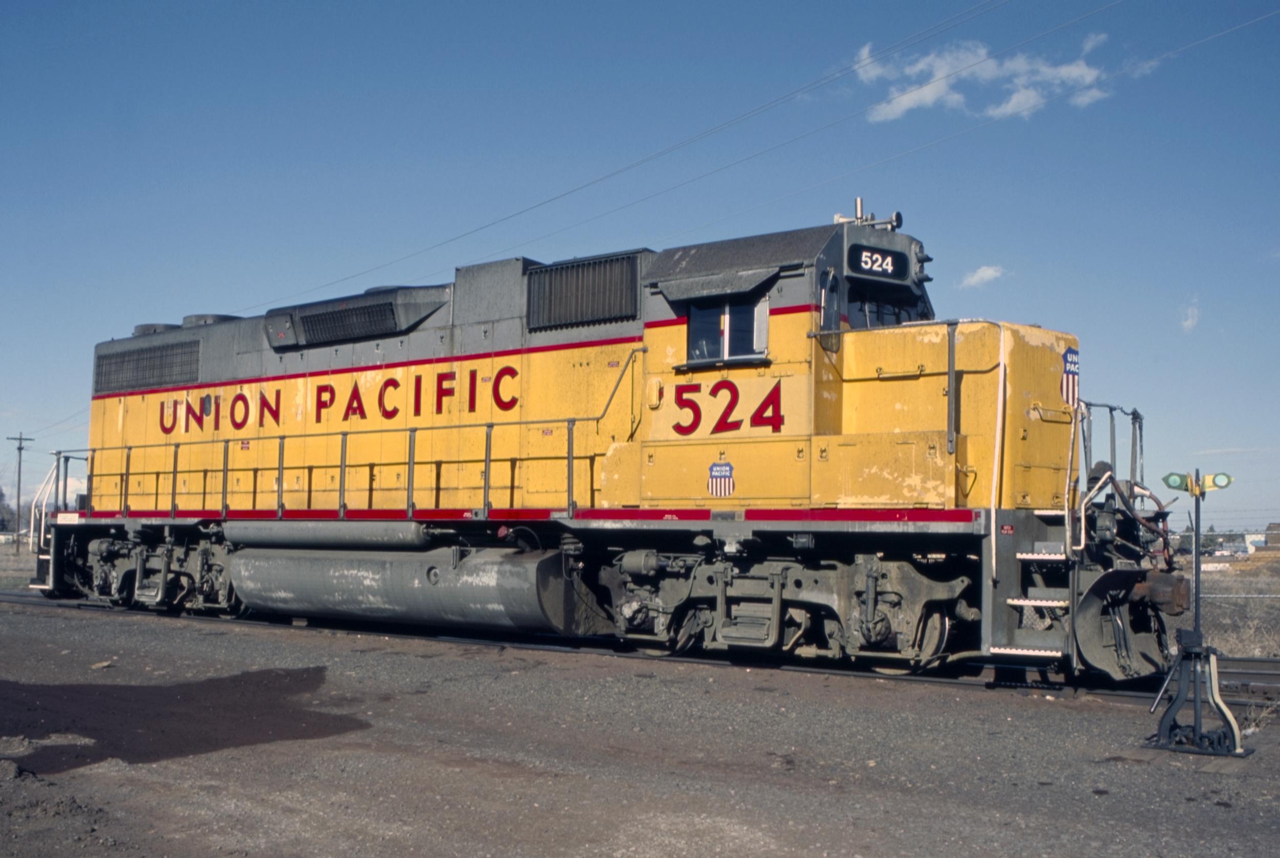 The Happy Loop Railroad - Page 9 Union_Pacific_EMD_GP38-2_-_No._524