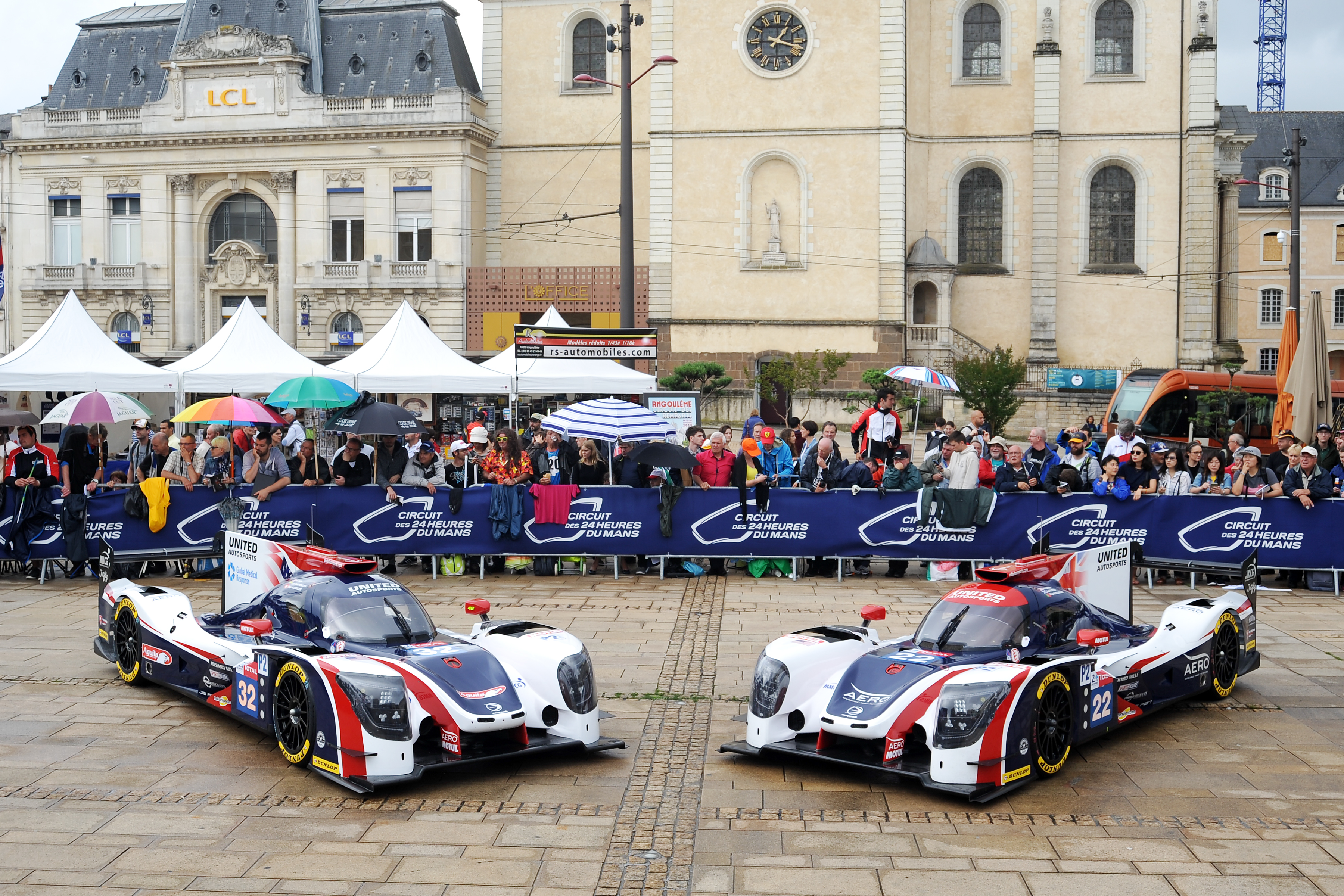 file united autosports le mans 2018 scrutineering 04 42074756994 jpg wikimedia commons. Black Bedroom Furniture Sets. Home Design Ideas