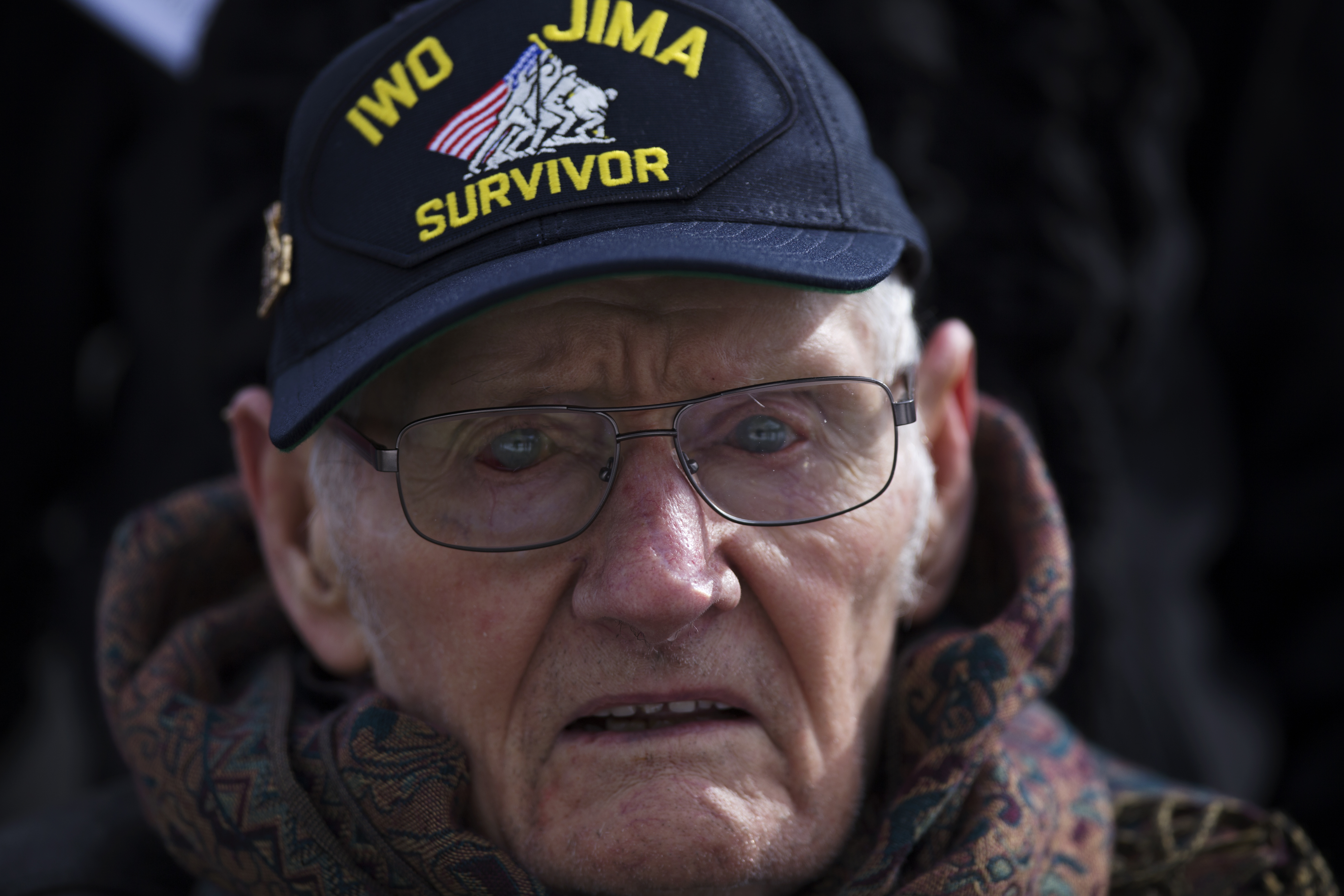 file wwii marine veterans remember iwo jima with wreath laying